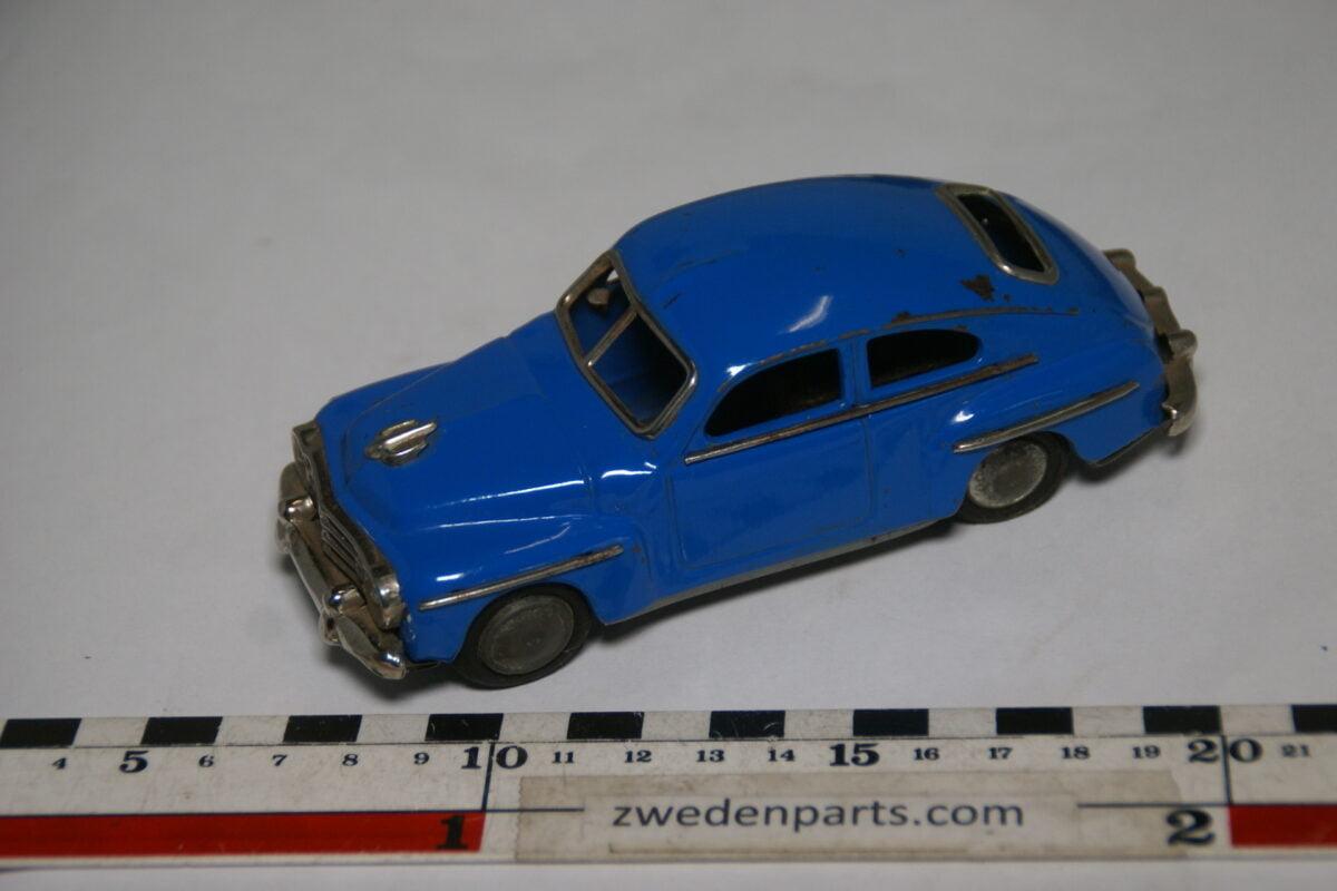 DSC02164 ca. 1957 miniatuur Volvo 444 Katterug blauw ca140 mm lang, blik zeer goede staat-7b50c4cd
