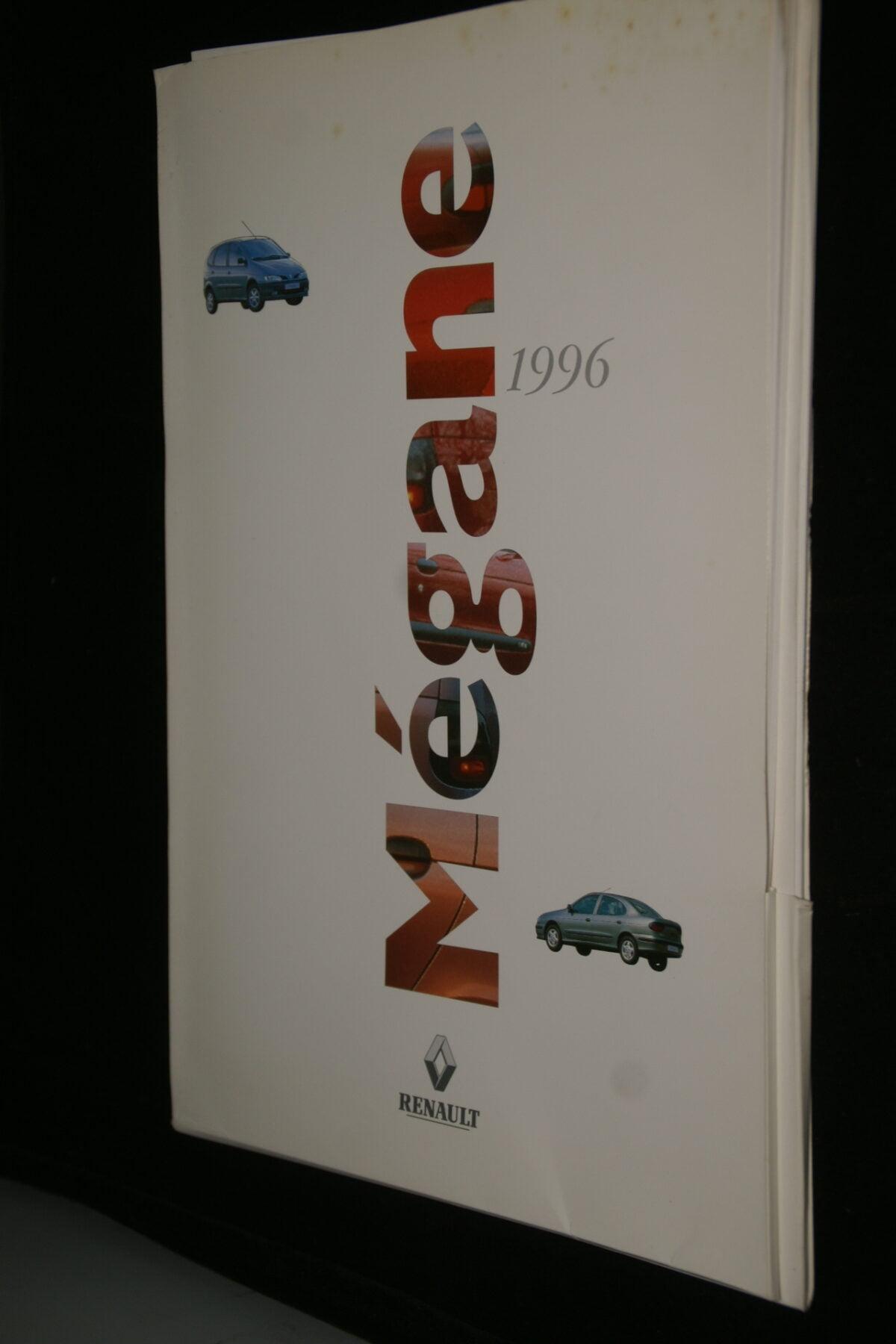 DSC09990 1996 originele persmap Renault Megane-bd75eedc