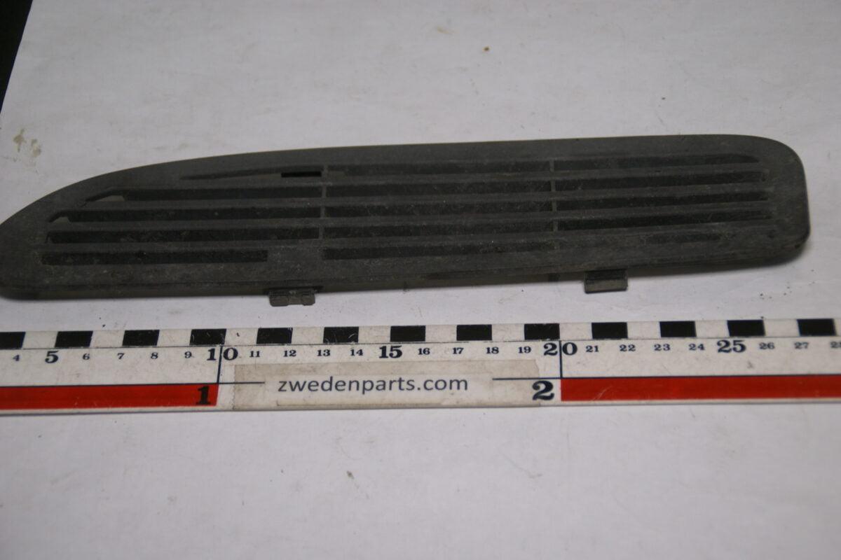 DSC01458 origineel Volvo 850 CSV70 bumperrooster nr 6817834-701eaf08