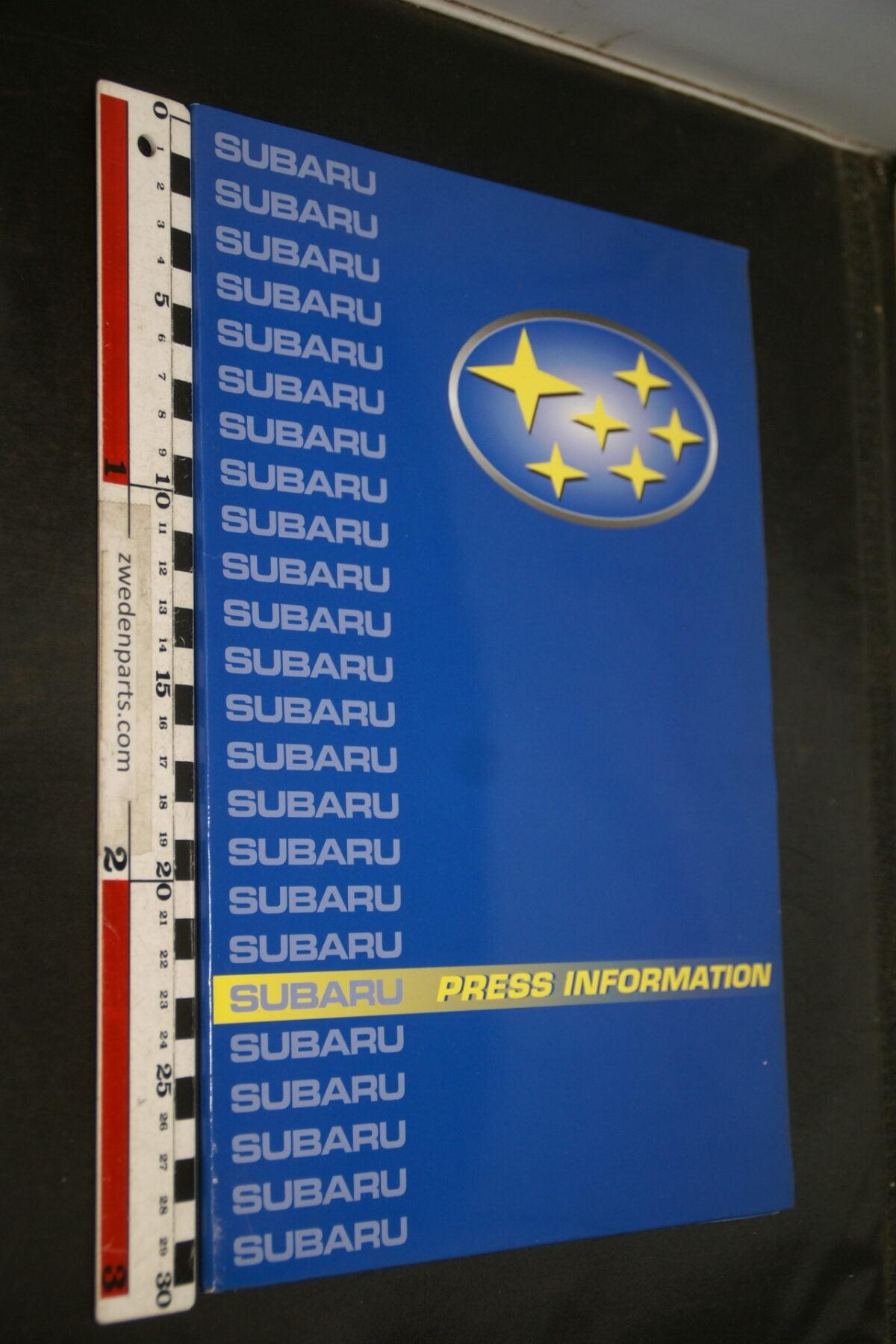 DSC02417 2001 originele persmap RAI Subaru met Impreza-917d1c41