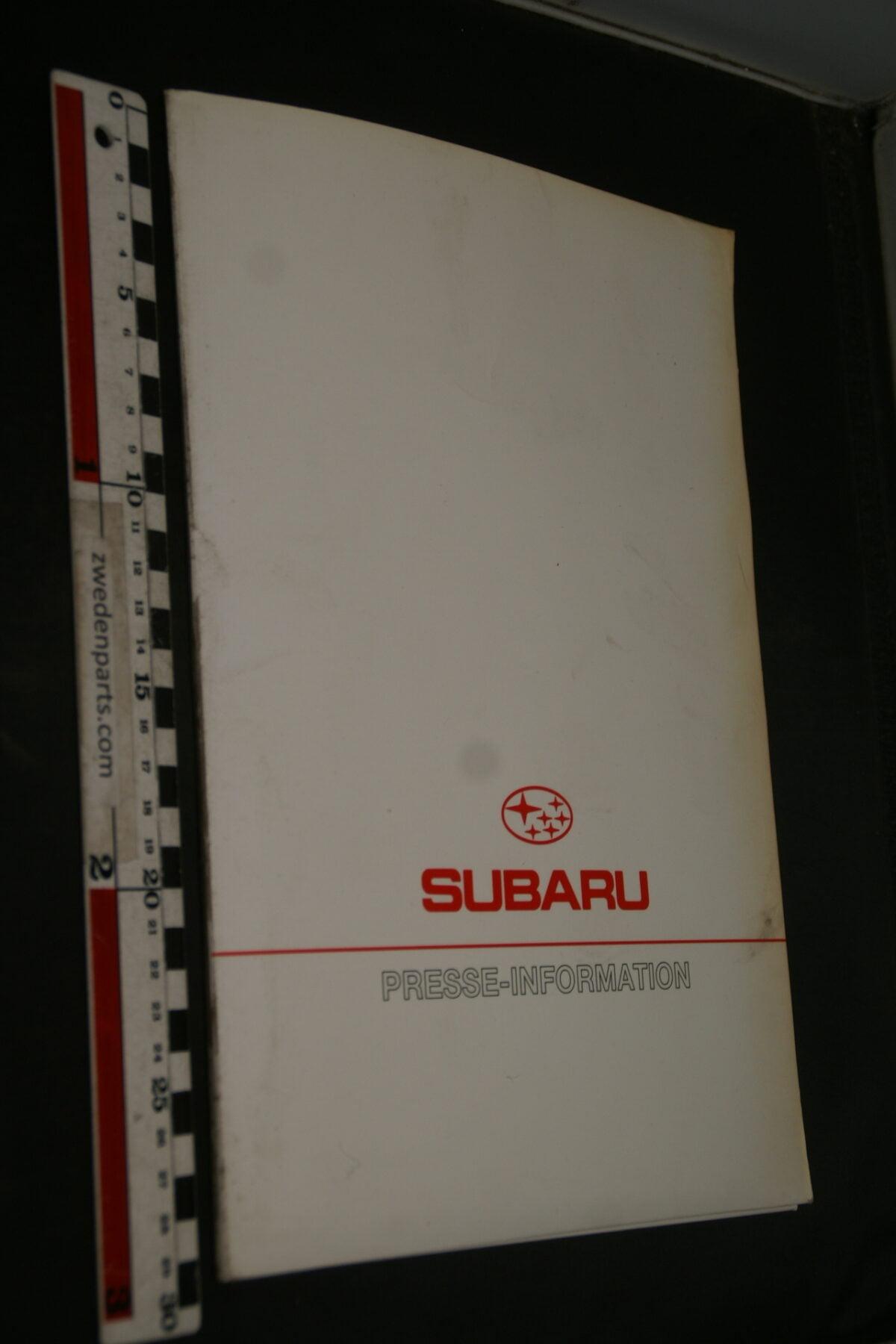 DSC02427 1995 originele persmap Subaru Frankfurt.-0ad75cea
