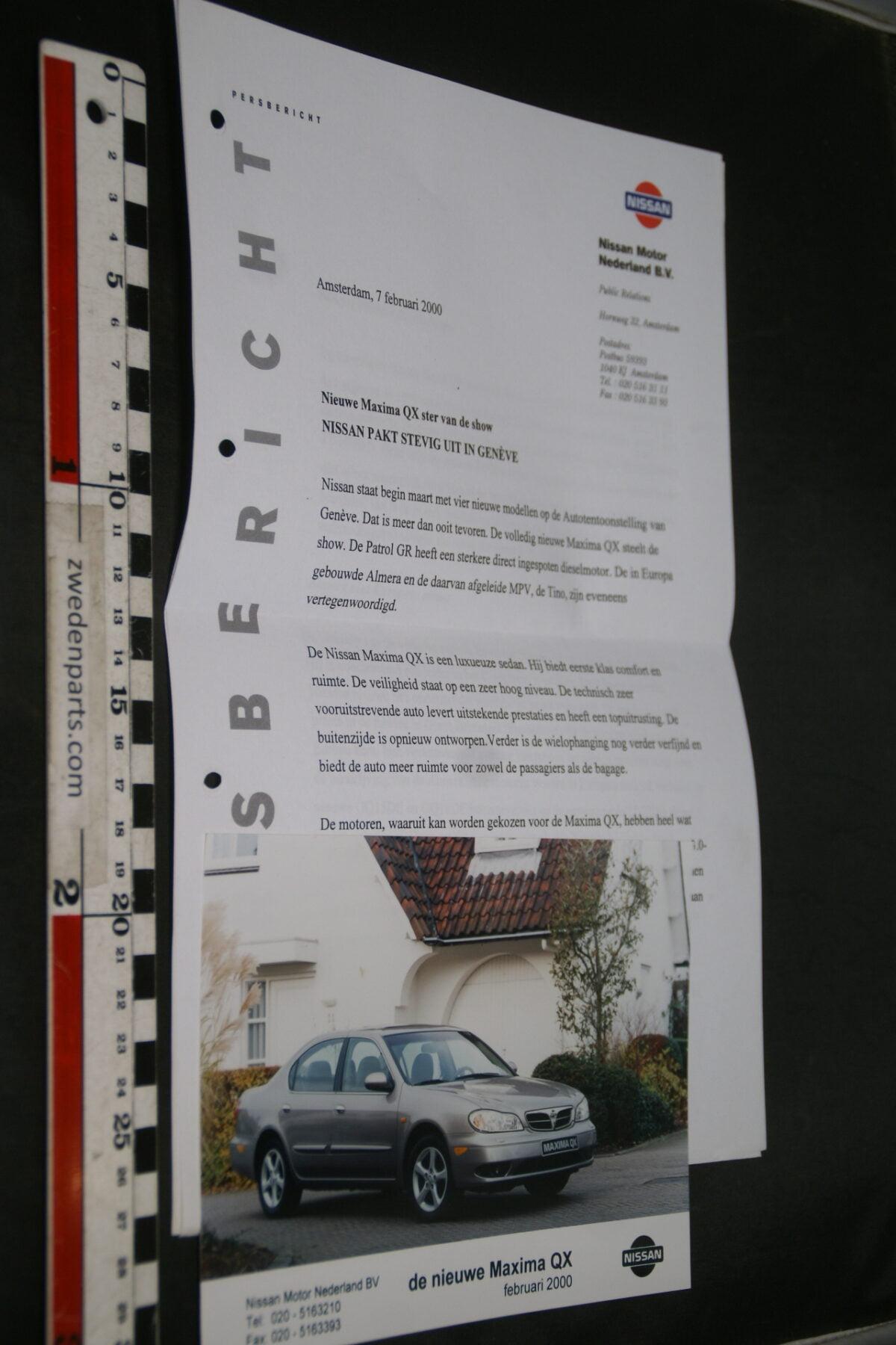 DSC02447 2000 originele persbericht Nissan-02802627