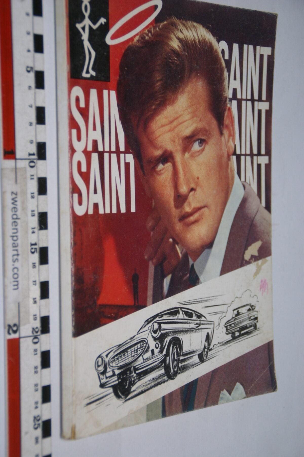 DSC02608 1967 origineel boek De Saint met Volvo P1800-2d5328bb