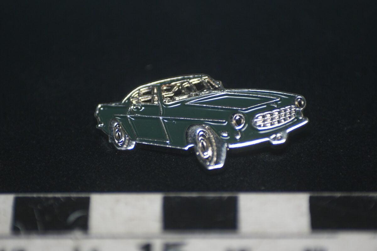 DSC01992 pin Volvo 1800S mint-e8e72122