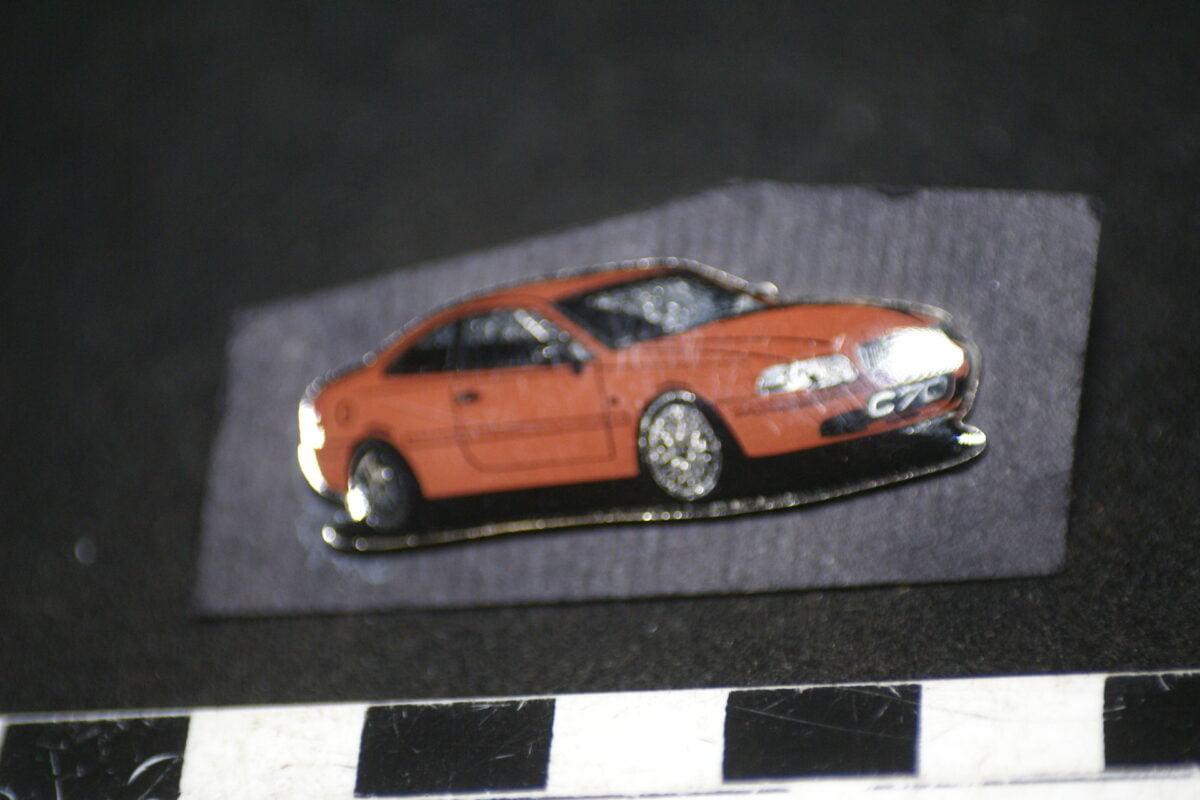 DSC01998 pin Volvo C70 coupe bruin mint-47c378b3