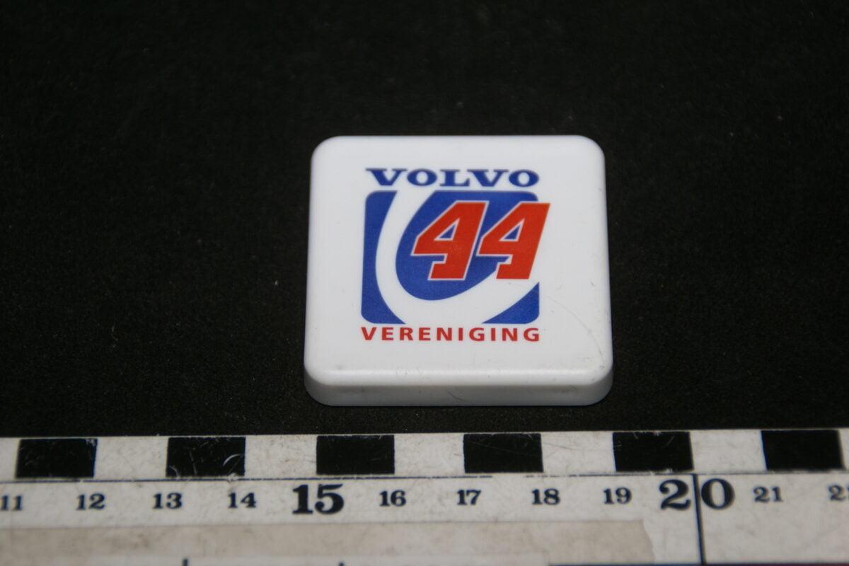 DSC02012 90er jaren origineel magneet Volvo V44 vereniging-be637282