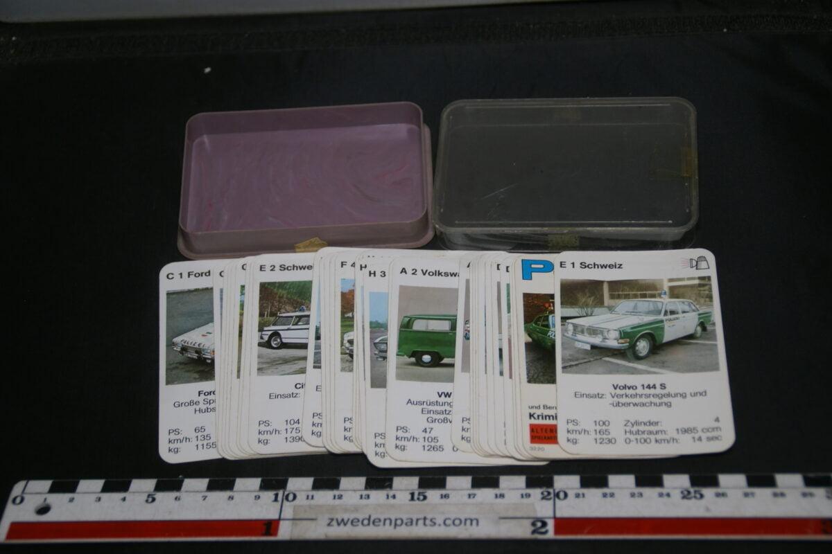 DSC02280 ca. 1968 origineel autokwartetspel politieautos met Volvo 144-c627179d