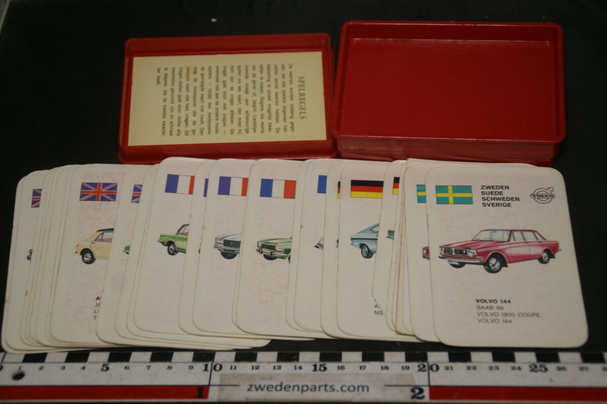 DSC02290 ca. 1966 origineel autokwartetspel luxeautos met Volvo 144-ca53154a