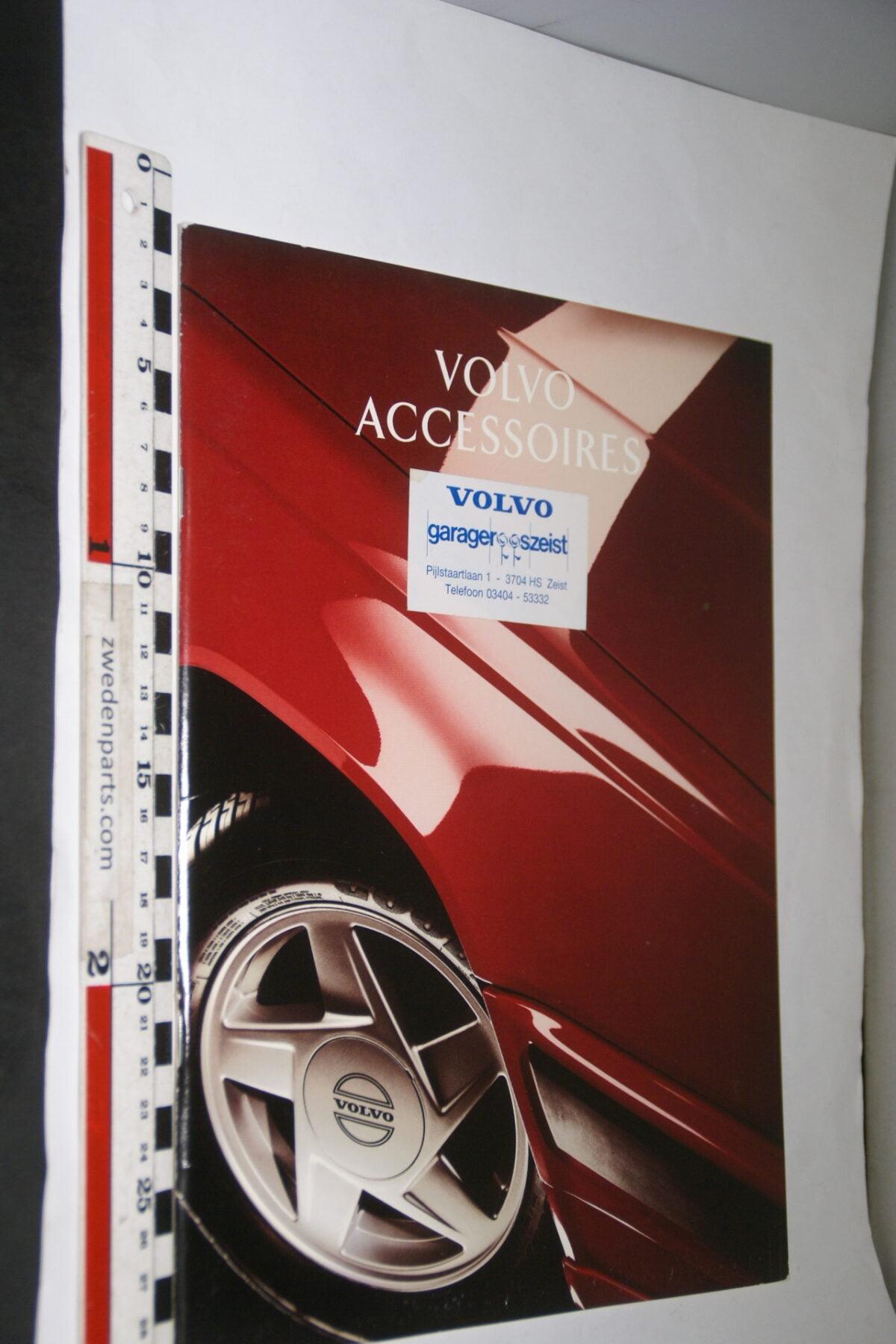 DSC03320 ca. 1994 originele brochure Volvo accessoires-5e47ef7c