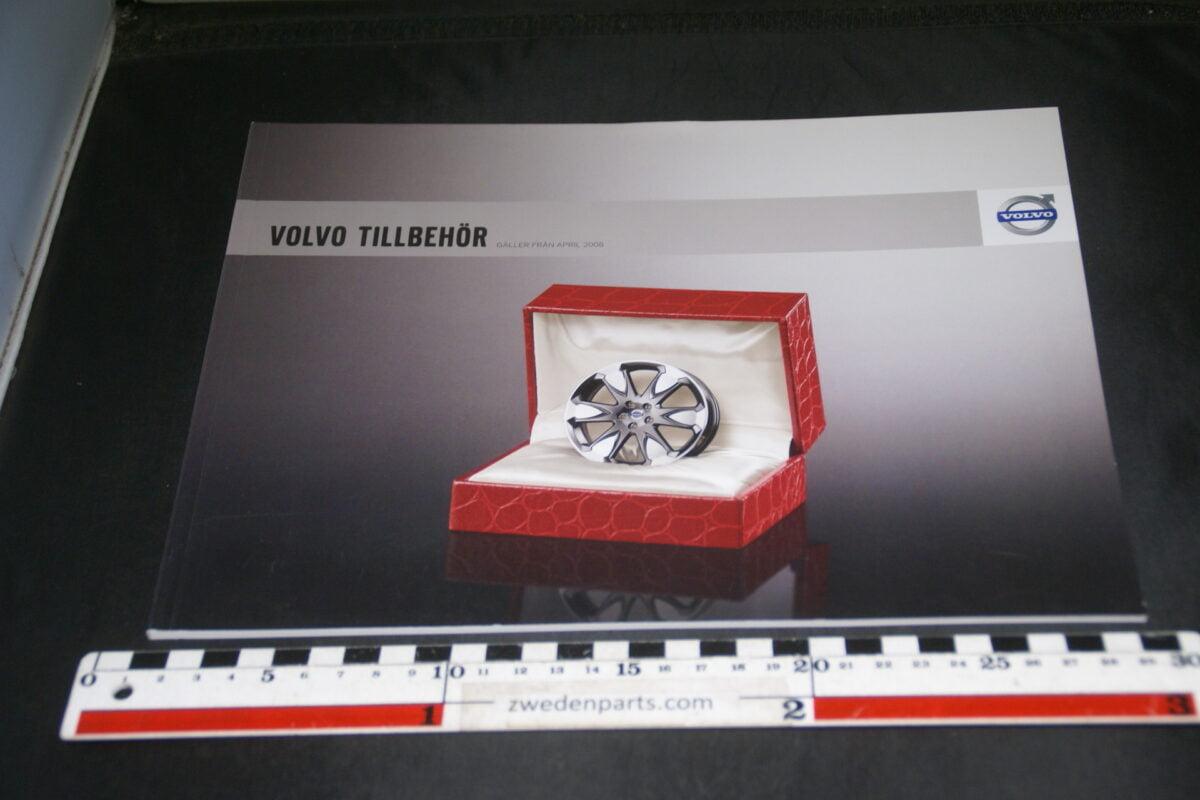 DSC03330 2009 originele brochure Volvo accessoires nr SP-VCC 00039, VBE 6897, Svenska-fdaa502e