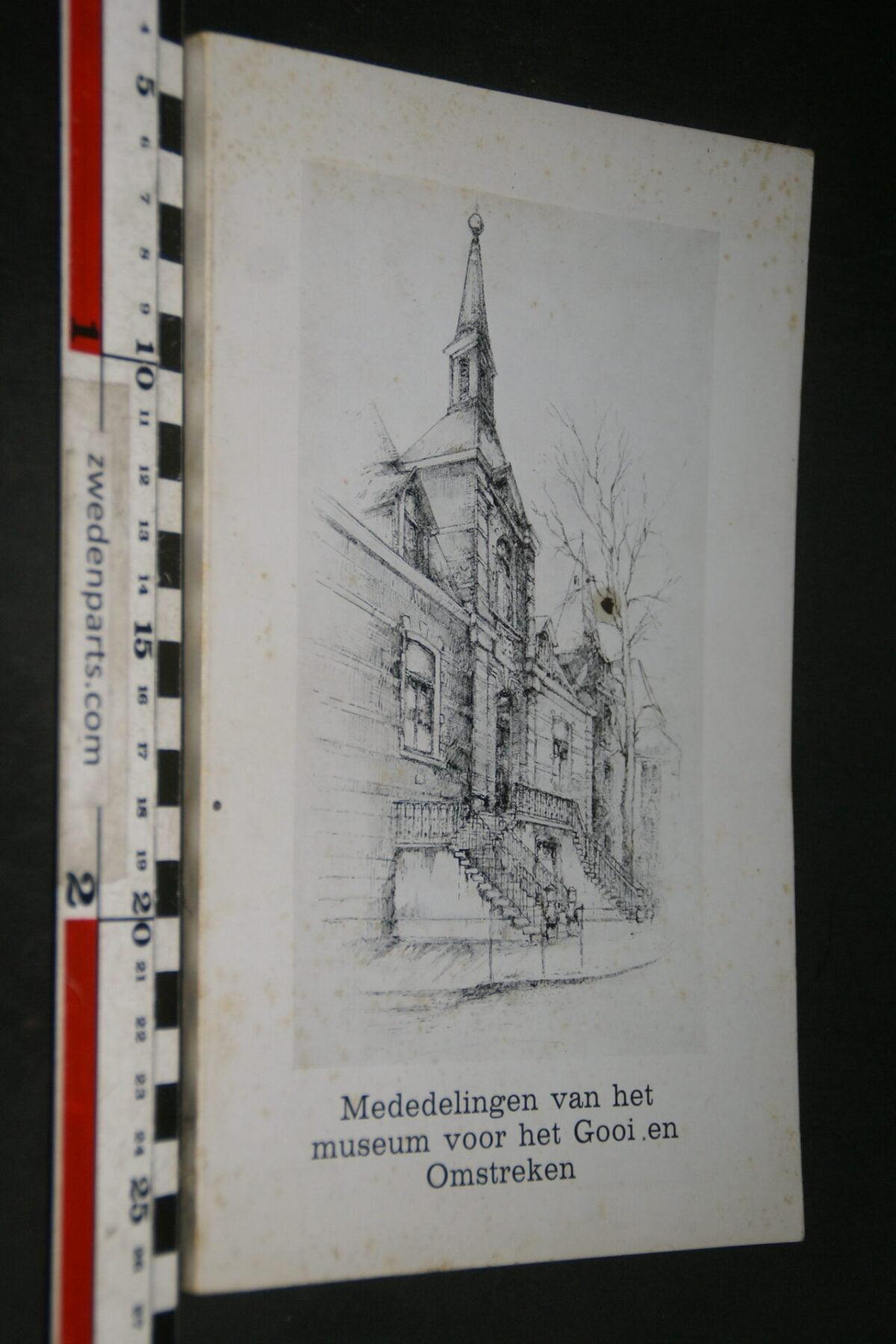 DSC03662 1961 boek Mededelingen van het Museum voor het Gooi en omstreken nr VII-1ae28eab