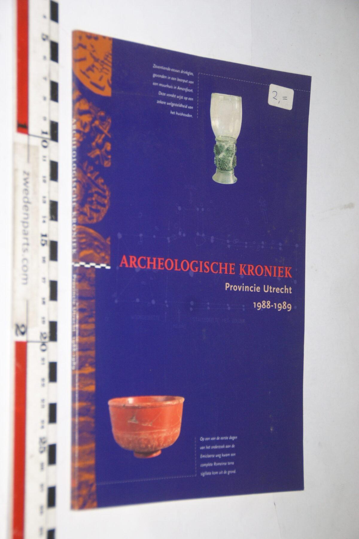 DSC03668 1988 boek Archeologische Kroniek provincie Utrecht-543a91b4