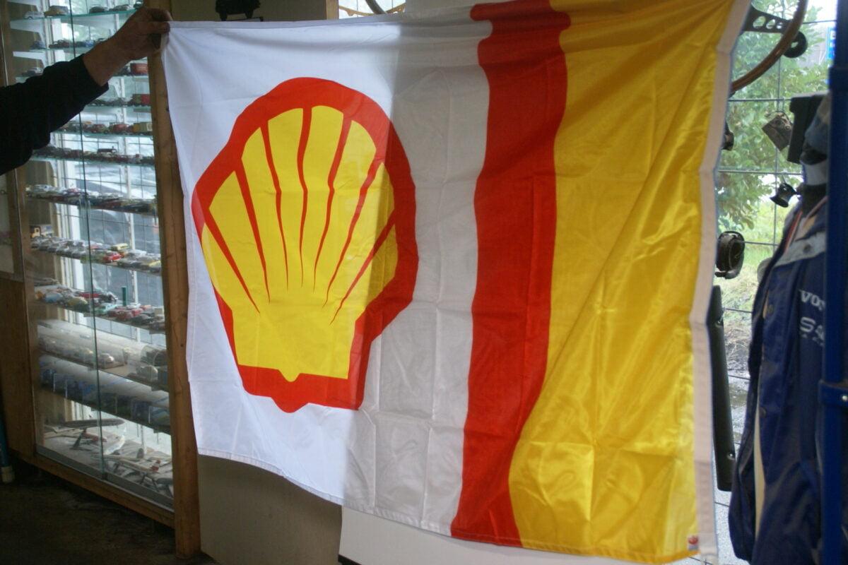 DSC03730 ca 1970 originele vlag SHELL olie, ca. 120 x 100 cm NOS-43bbd956