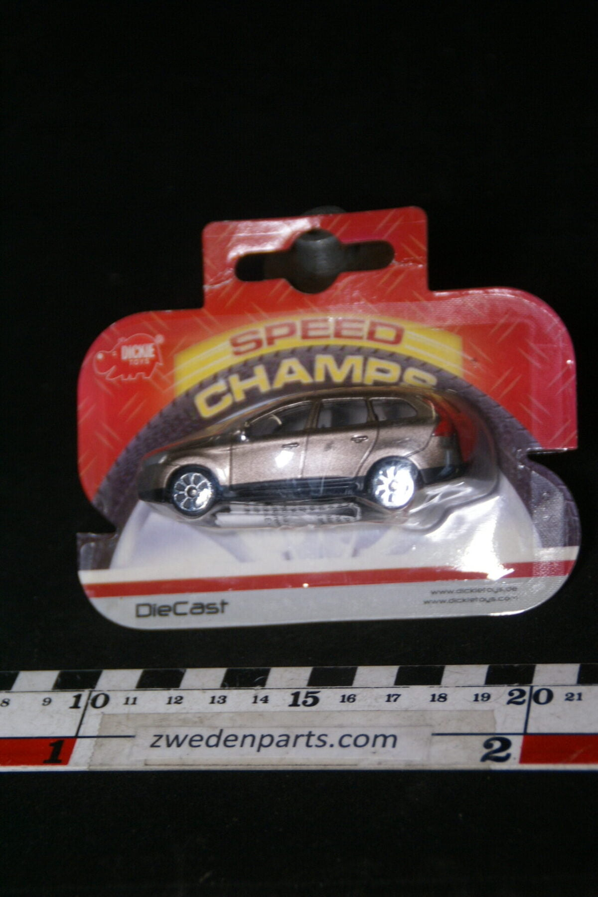 DSC02083 2011 origineel miniatuur Volvo CX90 beige Dicky shortblister MB-4ae2f23c
