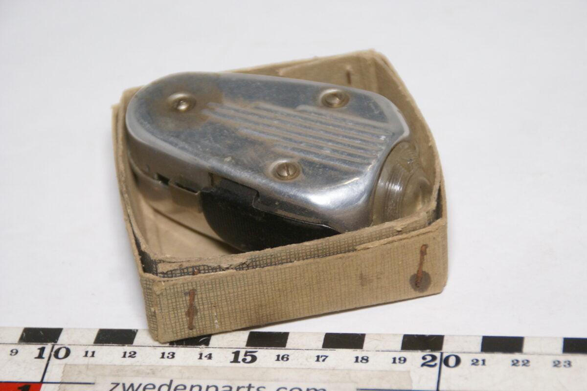 DSC02115 ca. 50er jaren originele knijpkat zaklantaarn in originele doos-605b709d