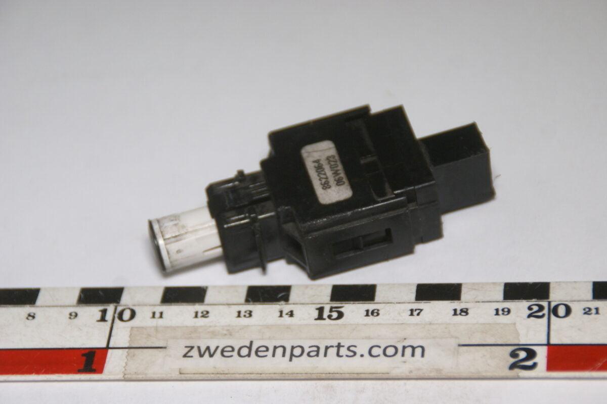 DSC04331 origineel remlichtschakelaar Volvo S60 VXC70 S80, XC90 nr 8622064-026566c3