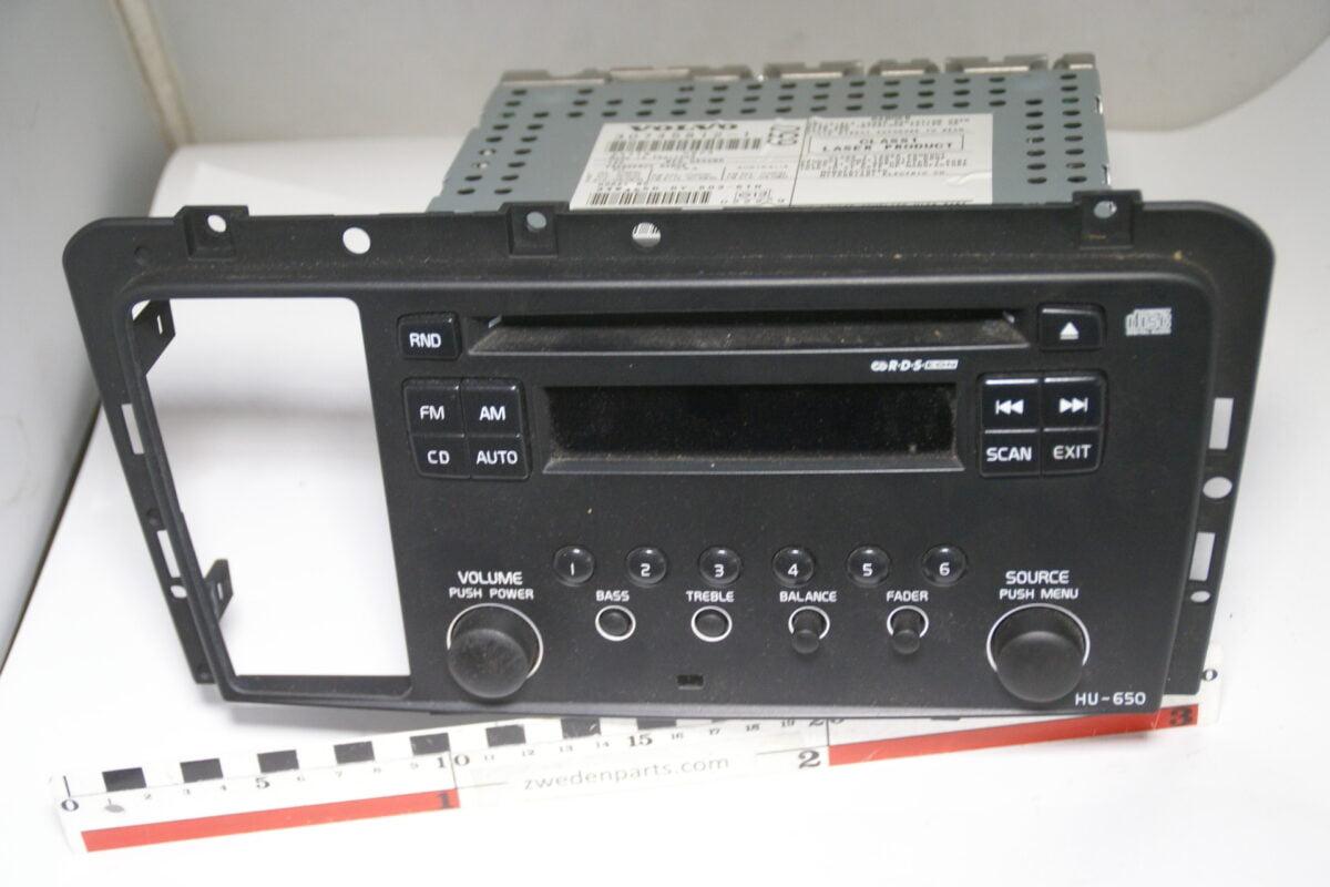 DSC04392 origineel Volvo radio CD S60 CSVXC70 S80 XC90 nr 30745812-dbbe32ee