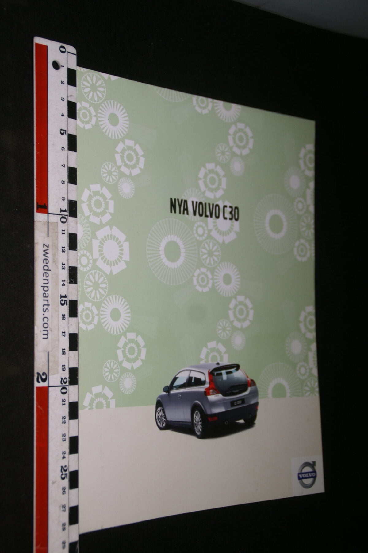 DSC04440 2006 brochure Volvo C30 nr. VBPV 14-07, Svenska-b0d00906