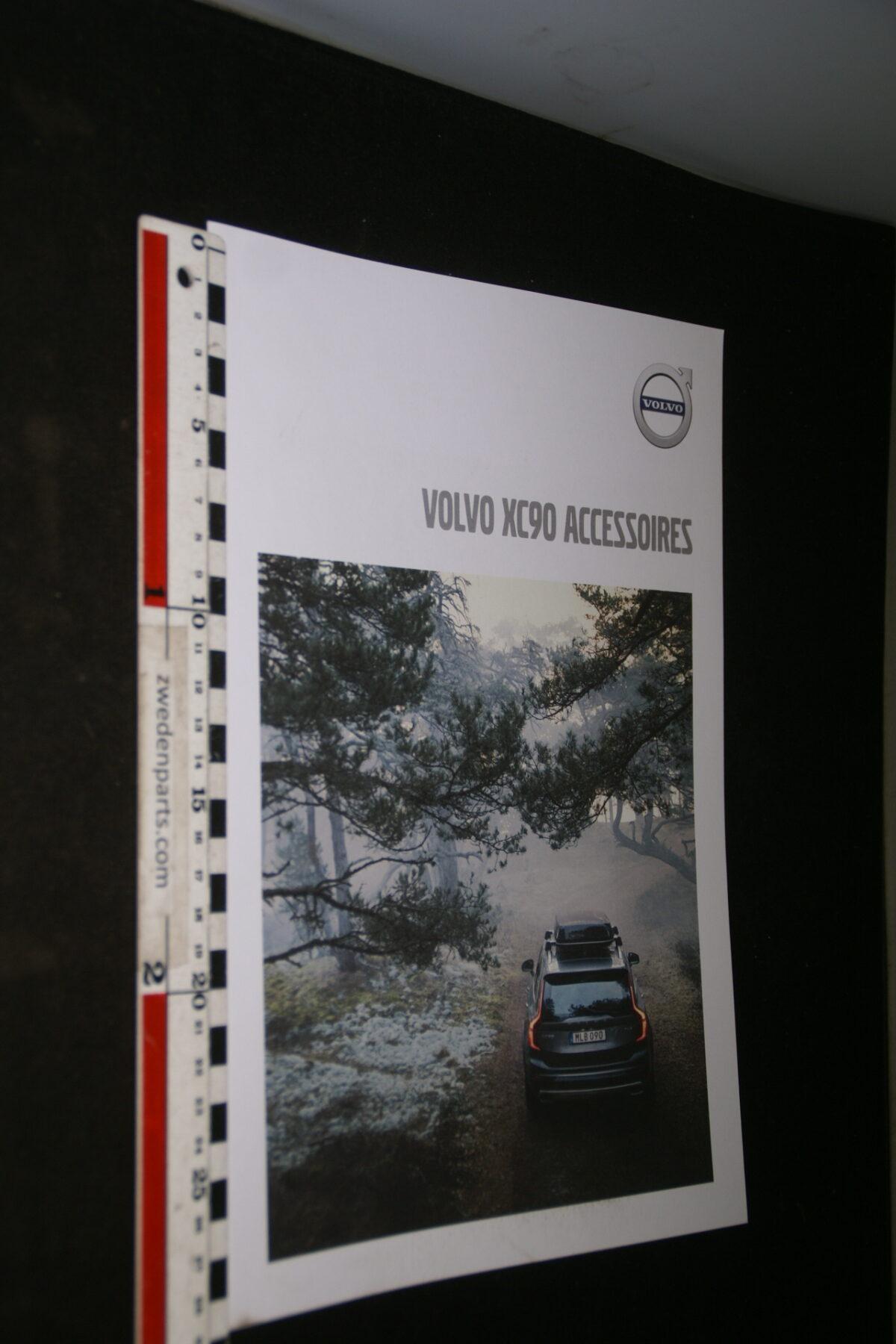 DSC04454 2019 brochure Volvo XC90 nr. MY 18 6-2018-V1-56b34a9c
