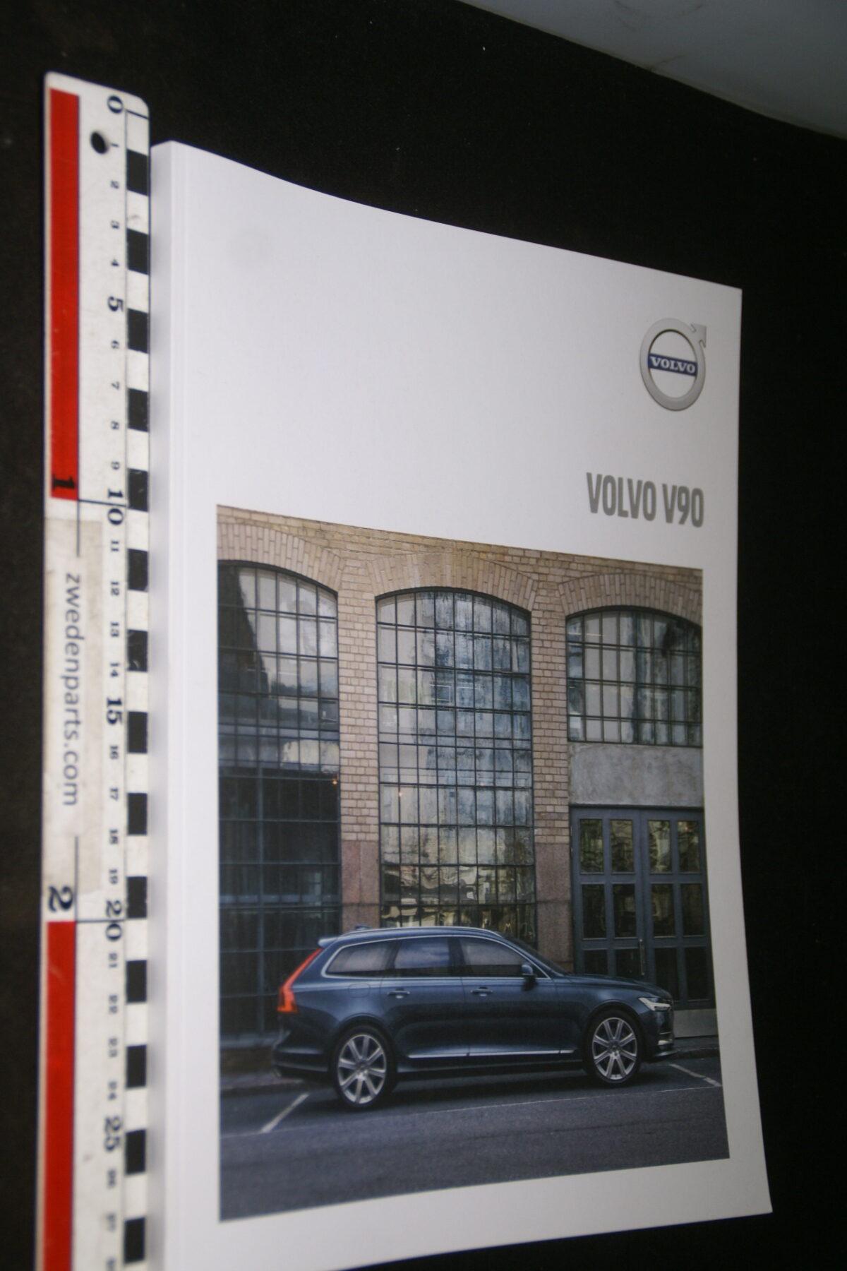 DSC04459 2019 brochure Volvo XC90 nr. MY 19 5-2018-58ea7594