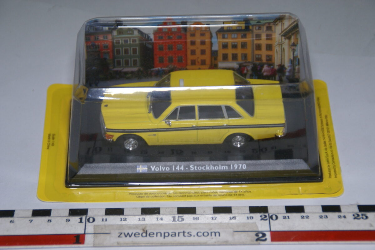 DSC04686 miniatuur 1970 Volvo 144 geel Stockholm Taxi 1op43 Atlas nr 619310 MB-c01f279d