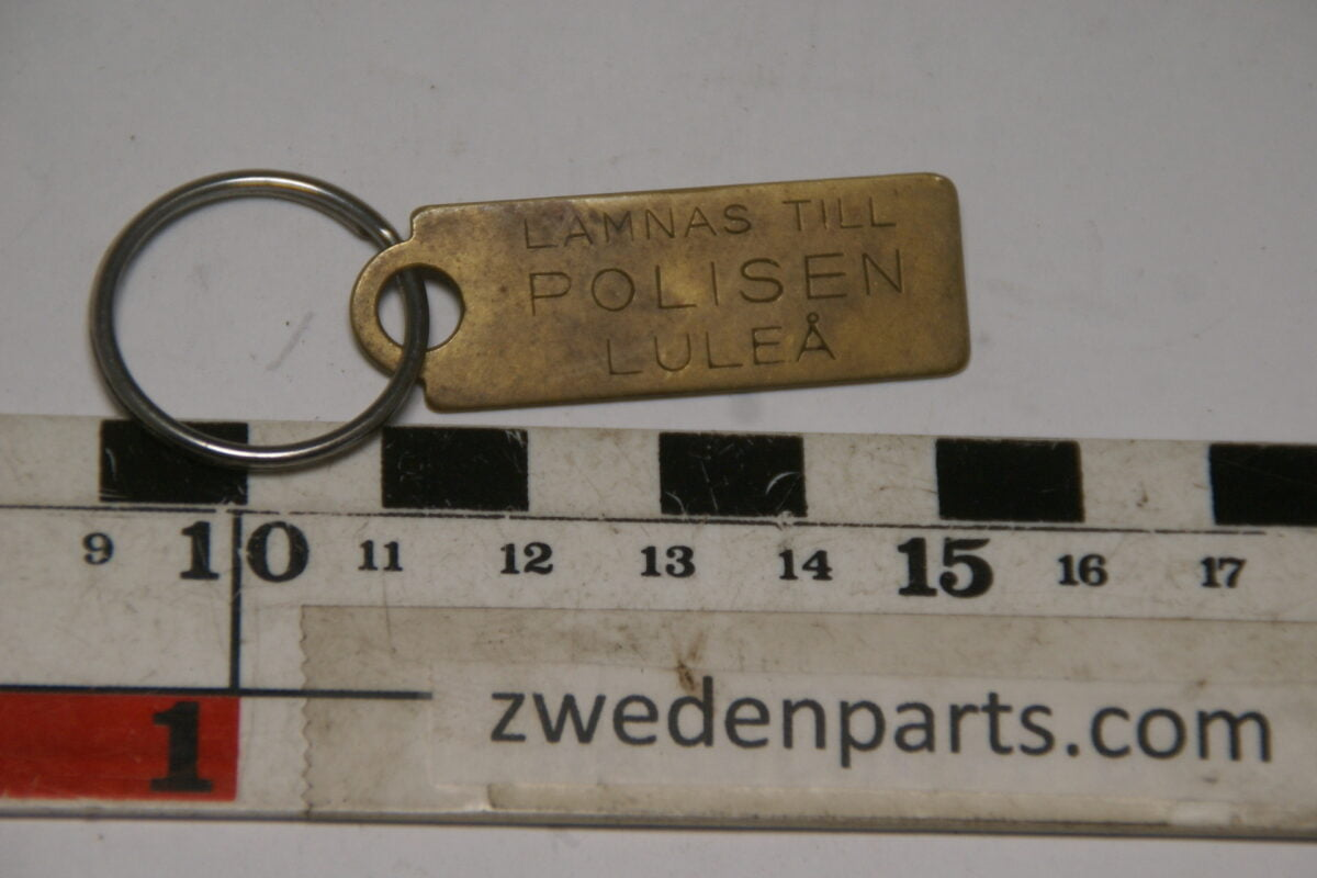 DSC04715 ca 1962 originele sleutelhanger Polisen Lulea Zweden-4c17f536