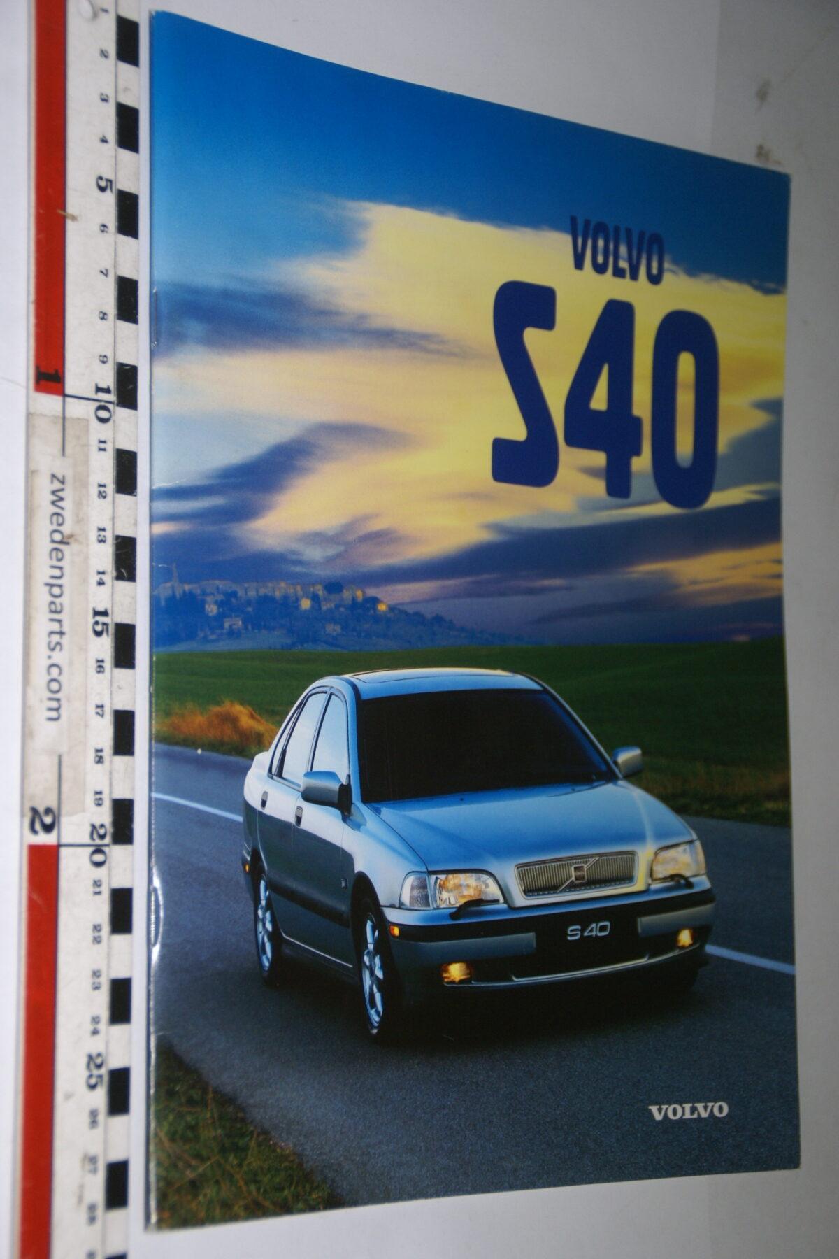 DSC04734 originele brochure Volvo S40-e483bb84