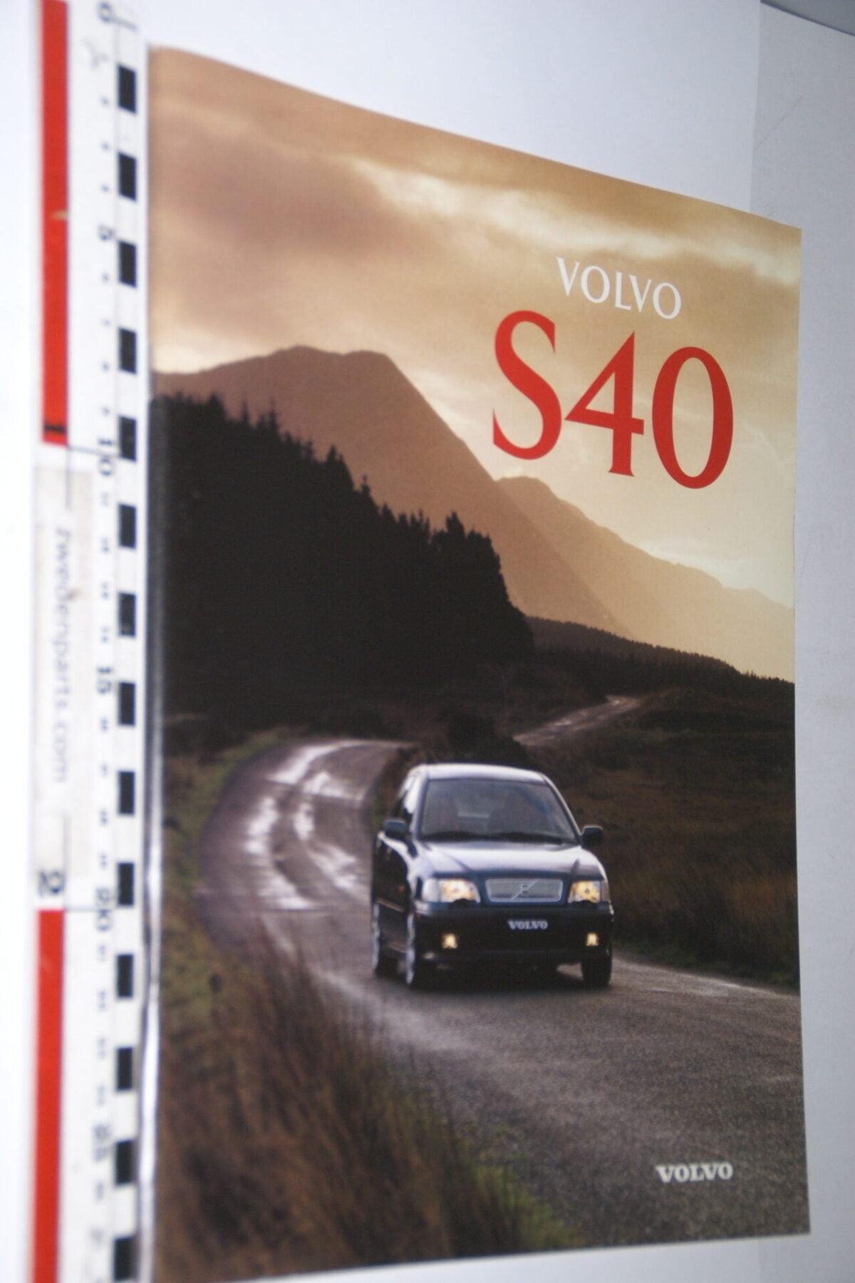 DSC04742 1996 originele brochure Volvo S40 nr MSPV 8050 Svenska-71d52d33