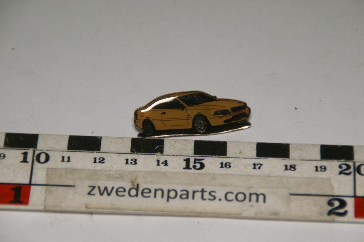 DSC04886 originele pin  Volvo C70 coupe geel-01397f4a