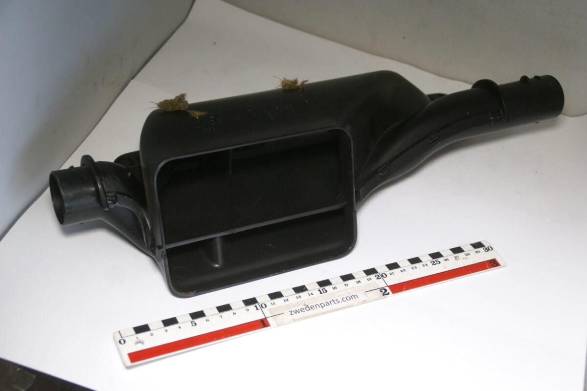 DSC04892 originele luchtverdeelstuk onder dashboard   Volvo 960 SV90 nr 6848430-4792f562