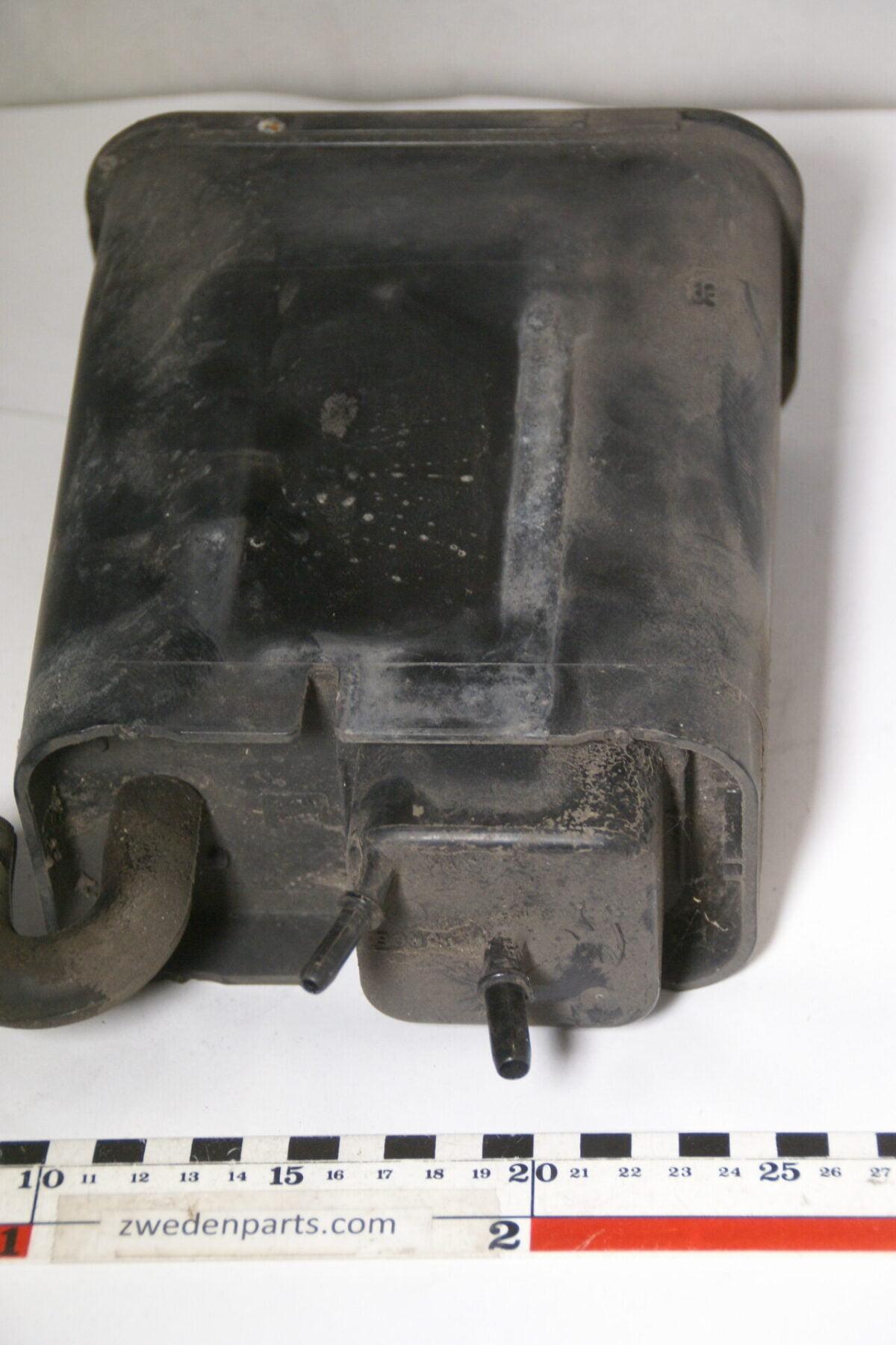 DSC04956 originele vacuumbox achteras nr. 17203256 Volvo SV70II-86c997ff
