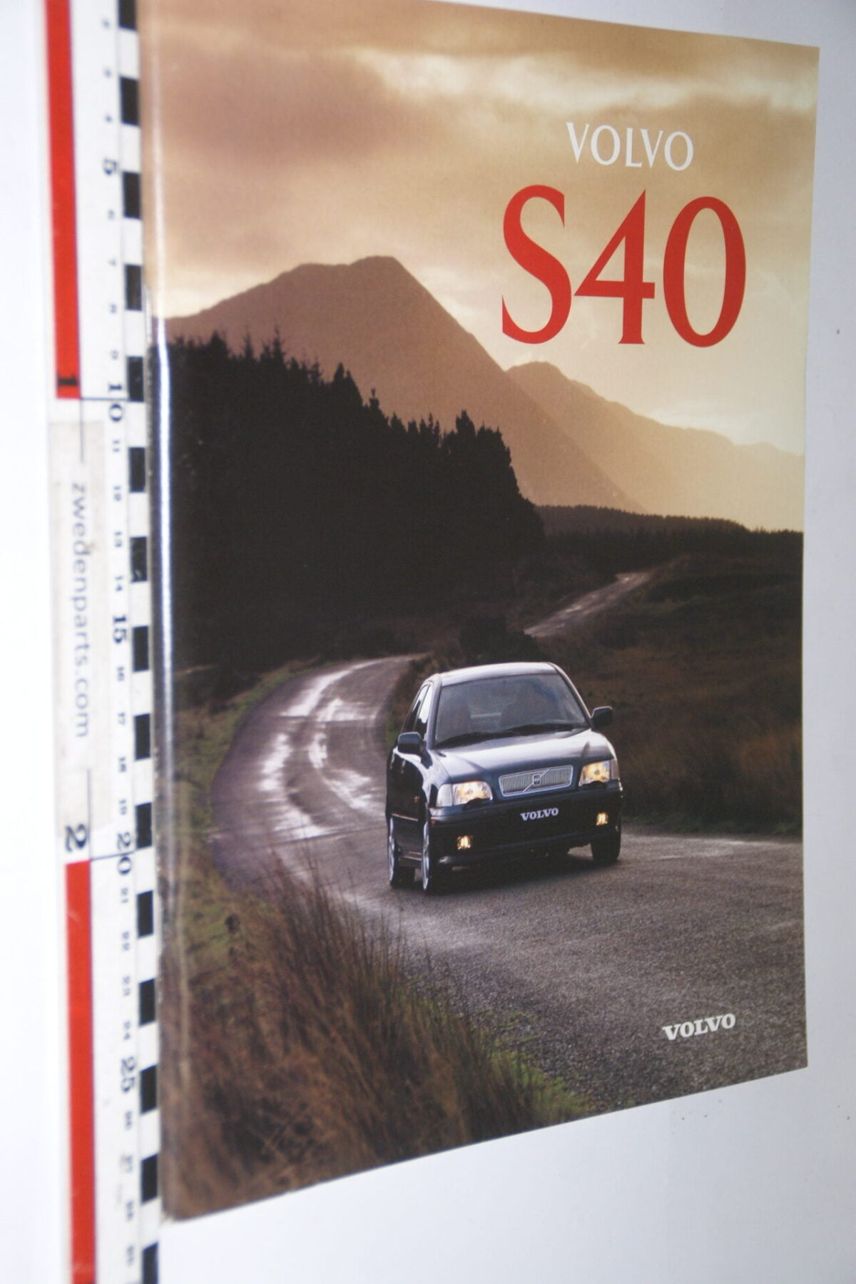 DSC05004 1996 originele brochure nr. MSPV 8050-96 Volvo S40 Svenska-95f41252