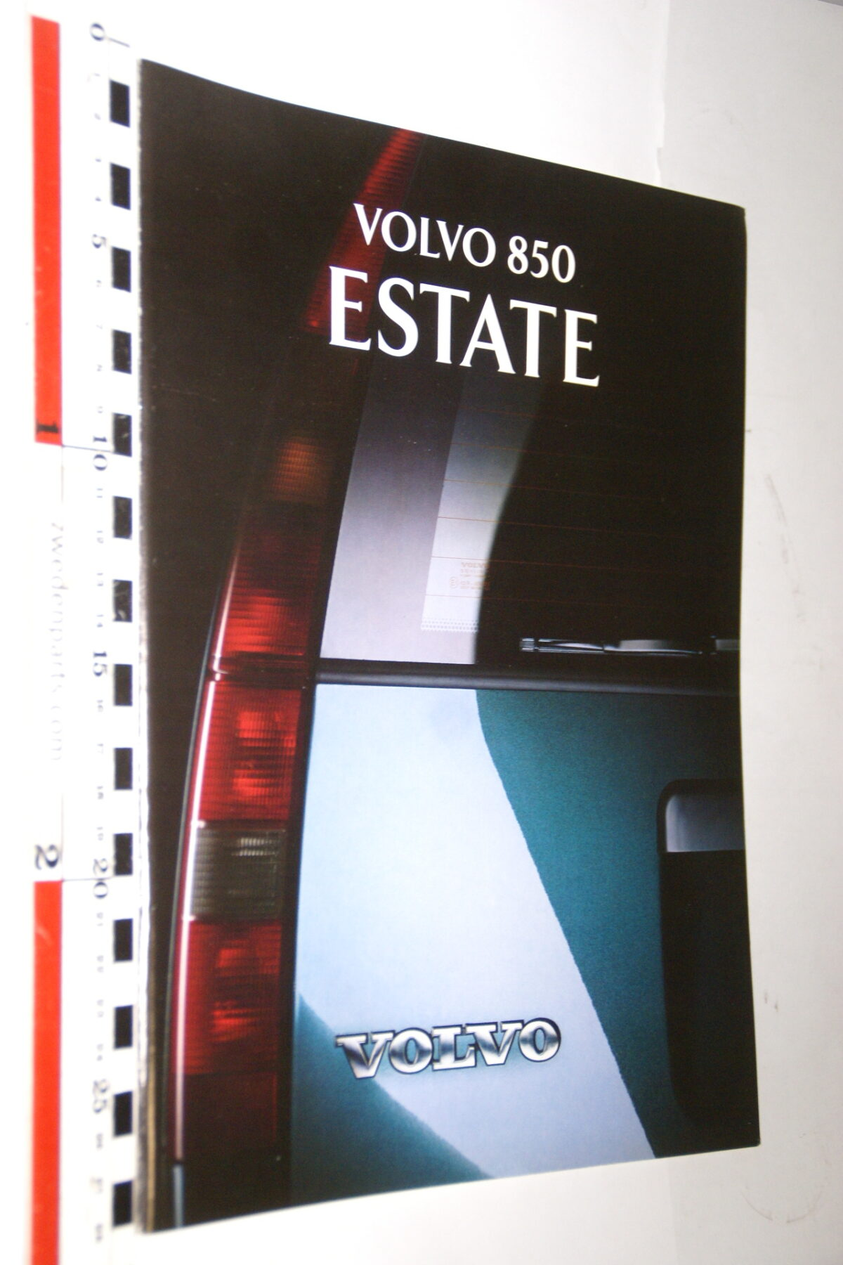 DSC05282 1993 originele brochure Volvo 850 Estate nr MSPV 5764-df5bccf7