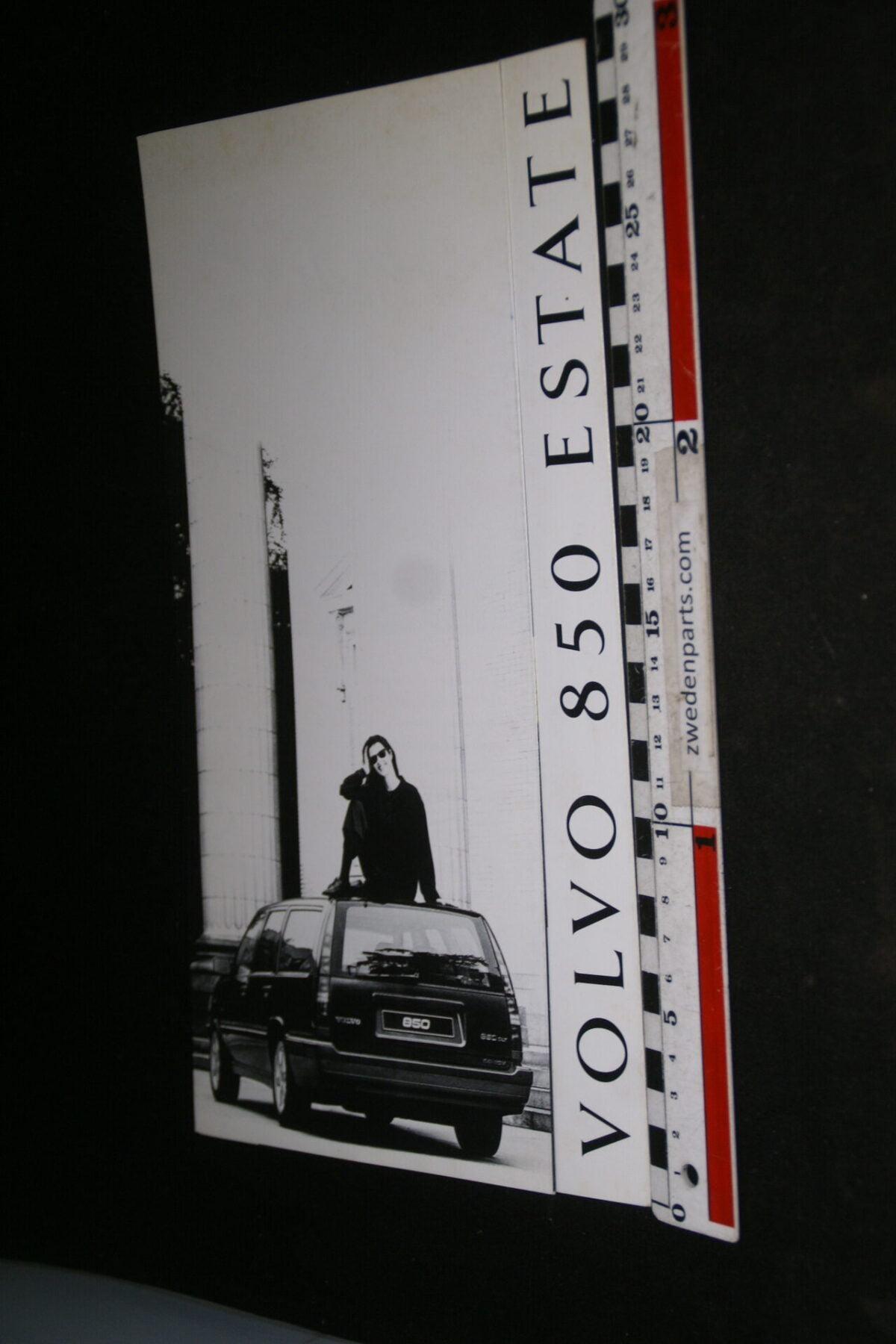 DSC05284 ca 1993 originele brochure Volvo 850 Estate-43ec662c