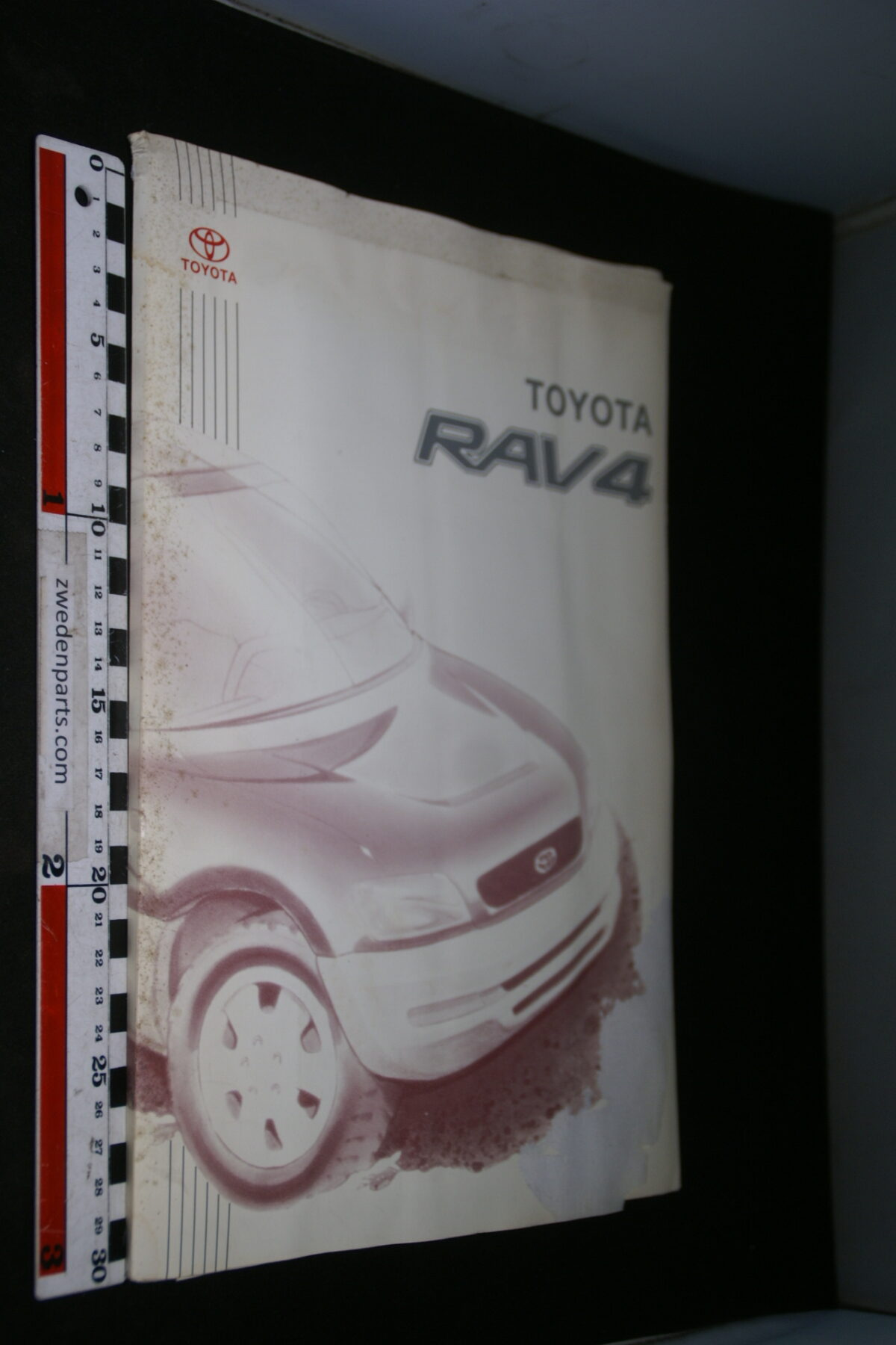 DSC05300 ca. 2001 originele RAI persmap Toyota RAV4, English-6a6a55d8