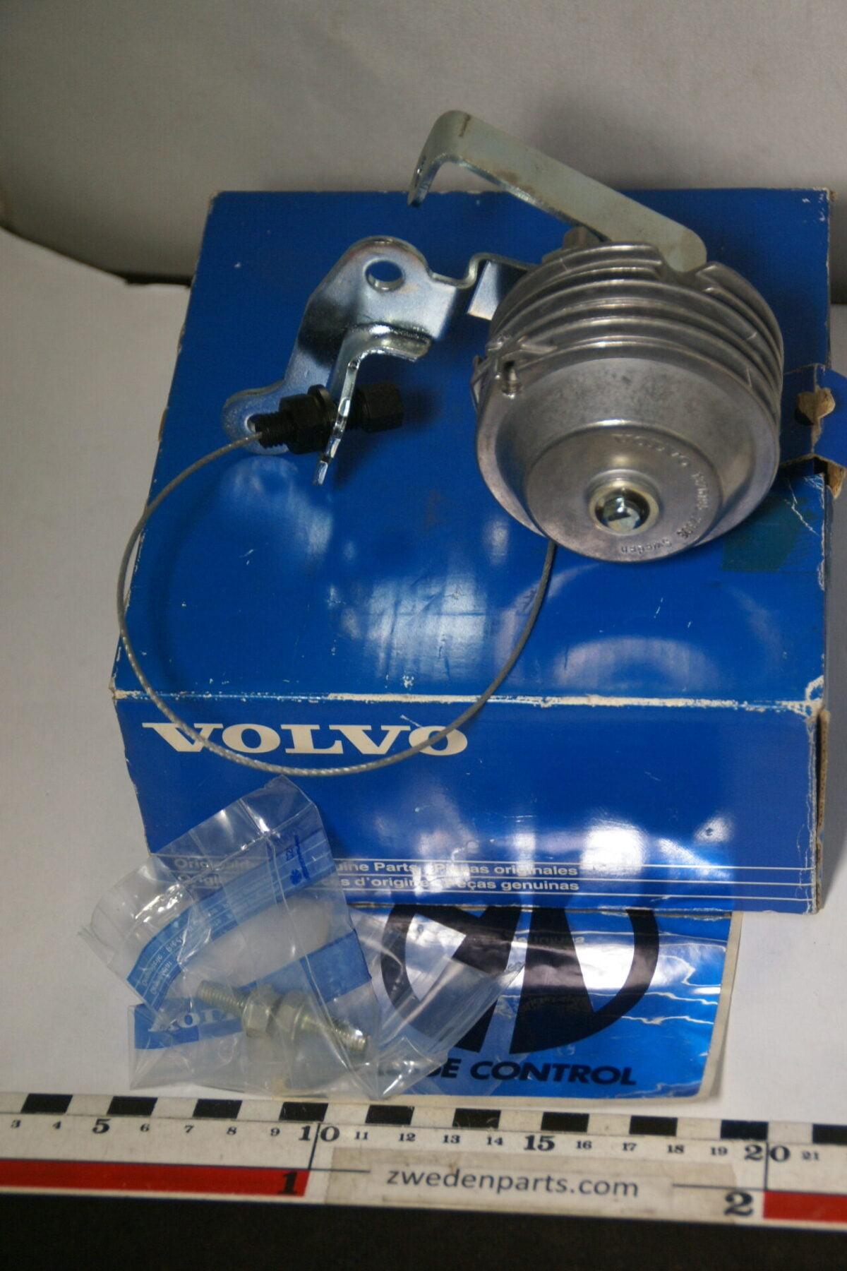 DSC05332 origineel set cruisecontrol Volvo 240 740 940 nr 3531907 NOS -e58c957b