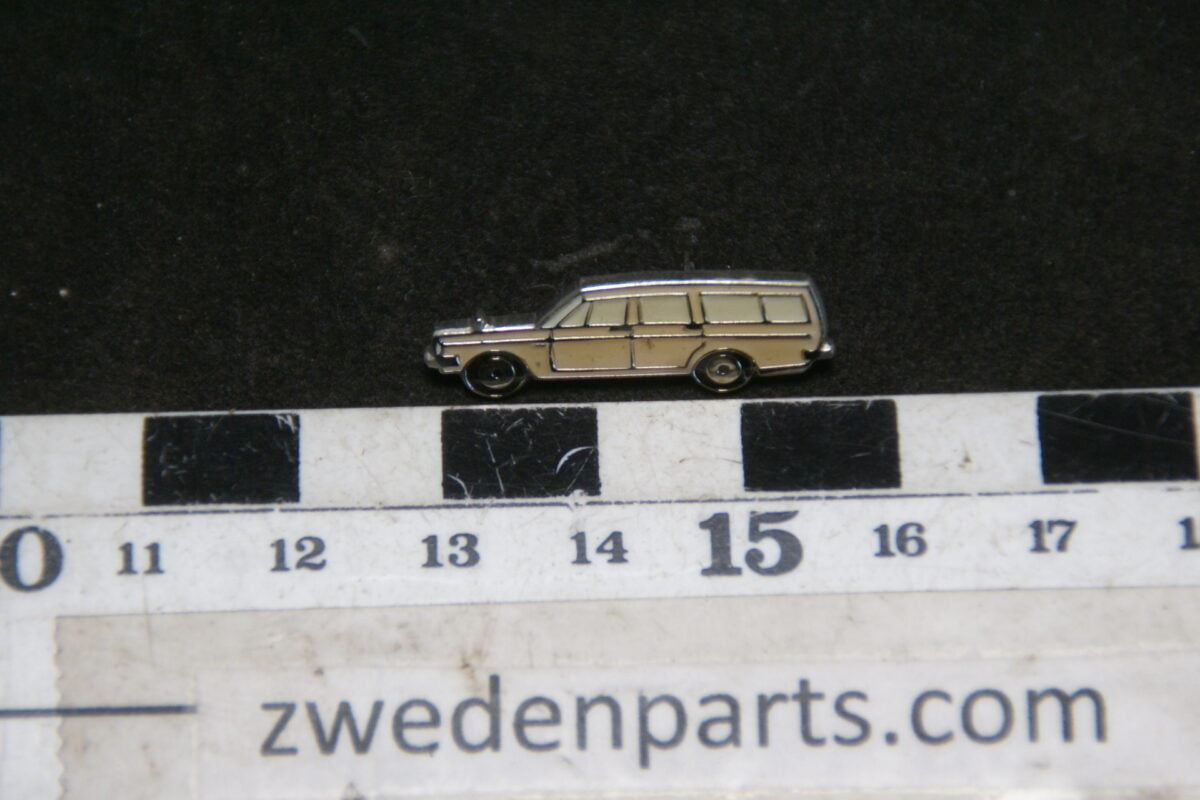 DSC05454 originele Volvo  145 wit pin-39c97260