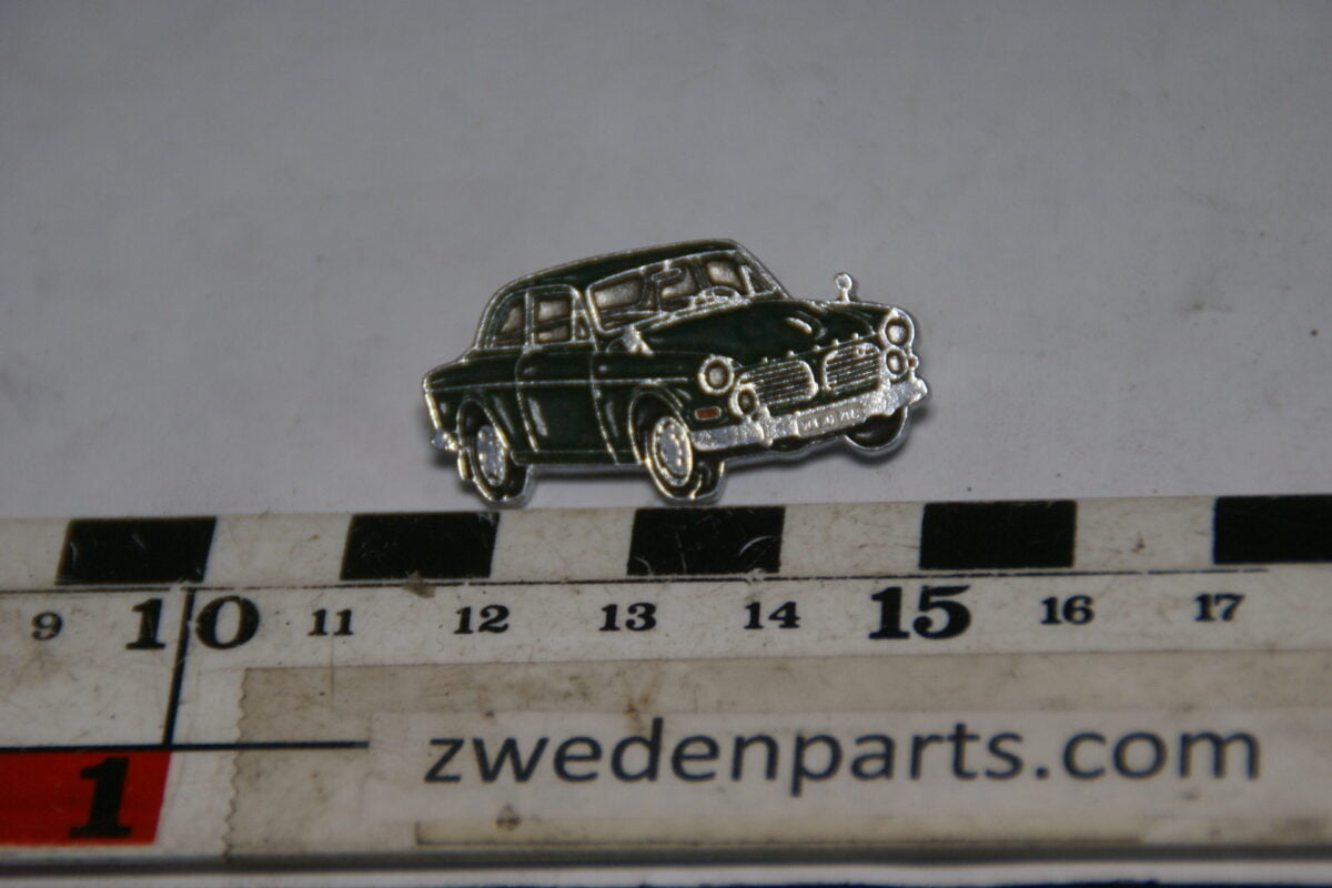 DSC05466 originele Volvo Amazon  123GT groen pin-902e8b3d