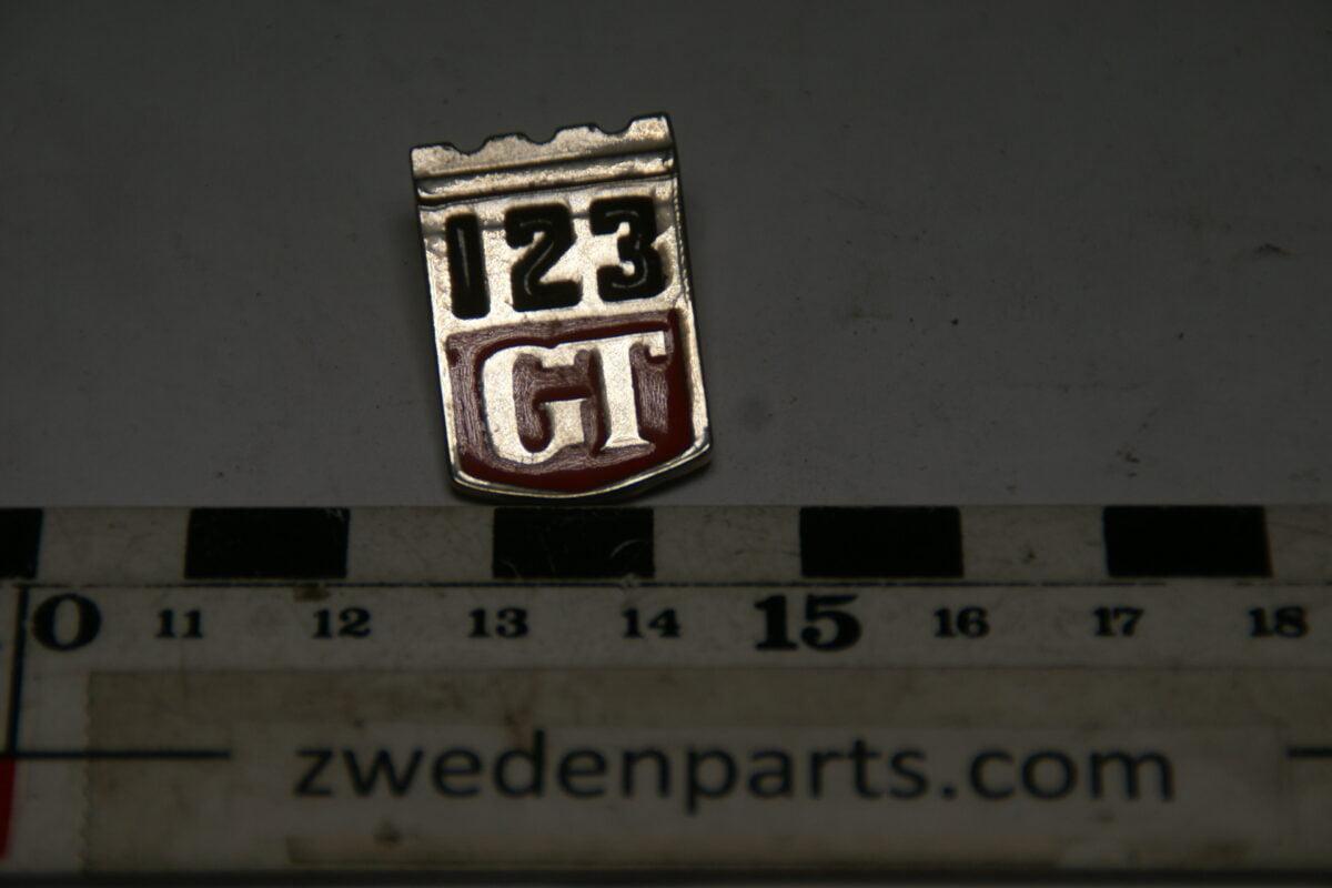 DSC05484 originele Volvo Amazon 123GT embleem pin-4a49e4b3