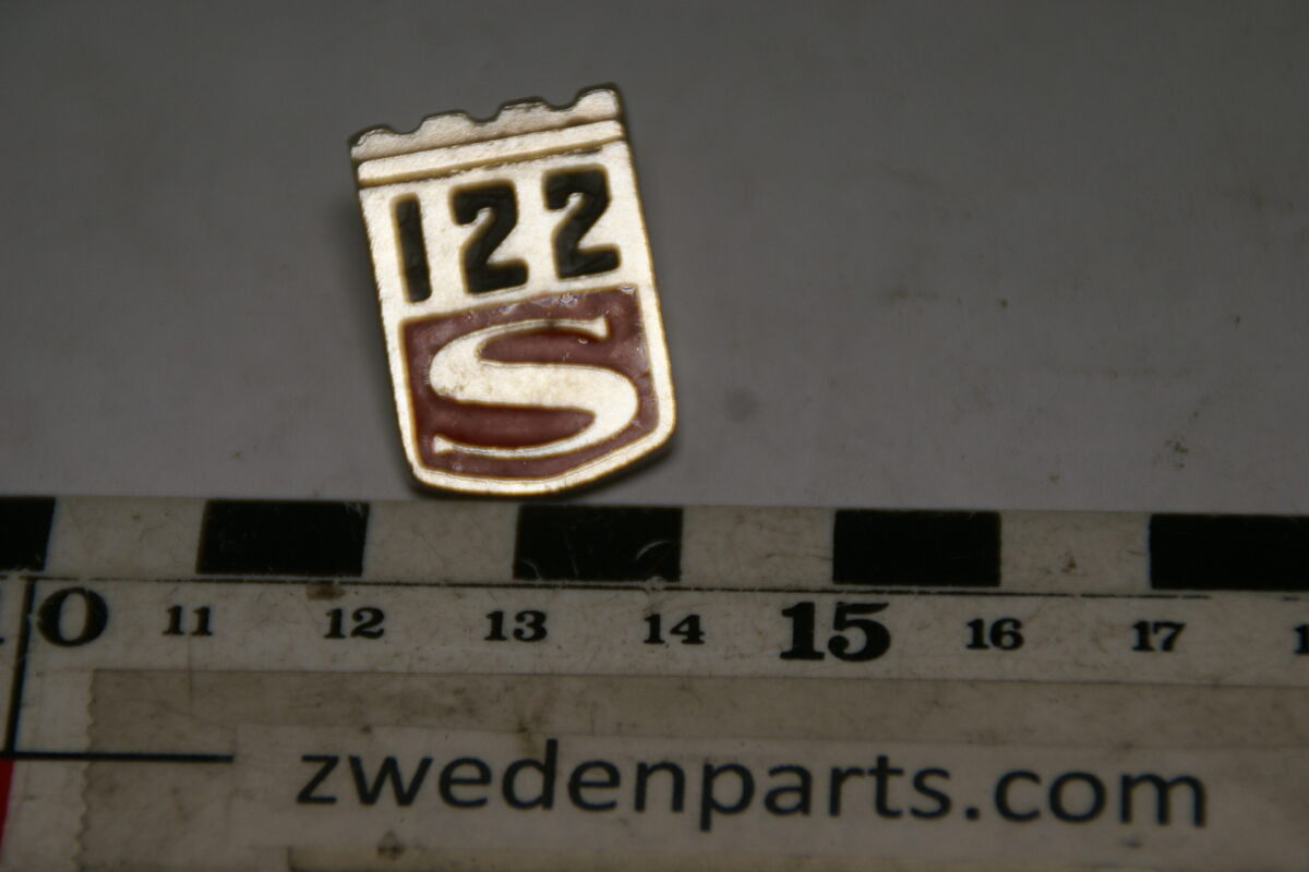 DSC05485 originele Volvo Amazon 122S embleem pin-0968a841