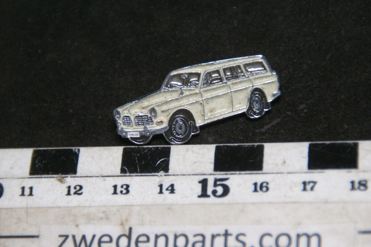 DSC05474 originele Volvo Amazon  combi wit pin-9158645a