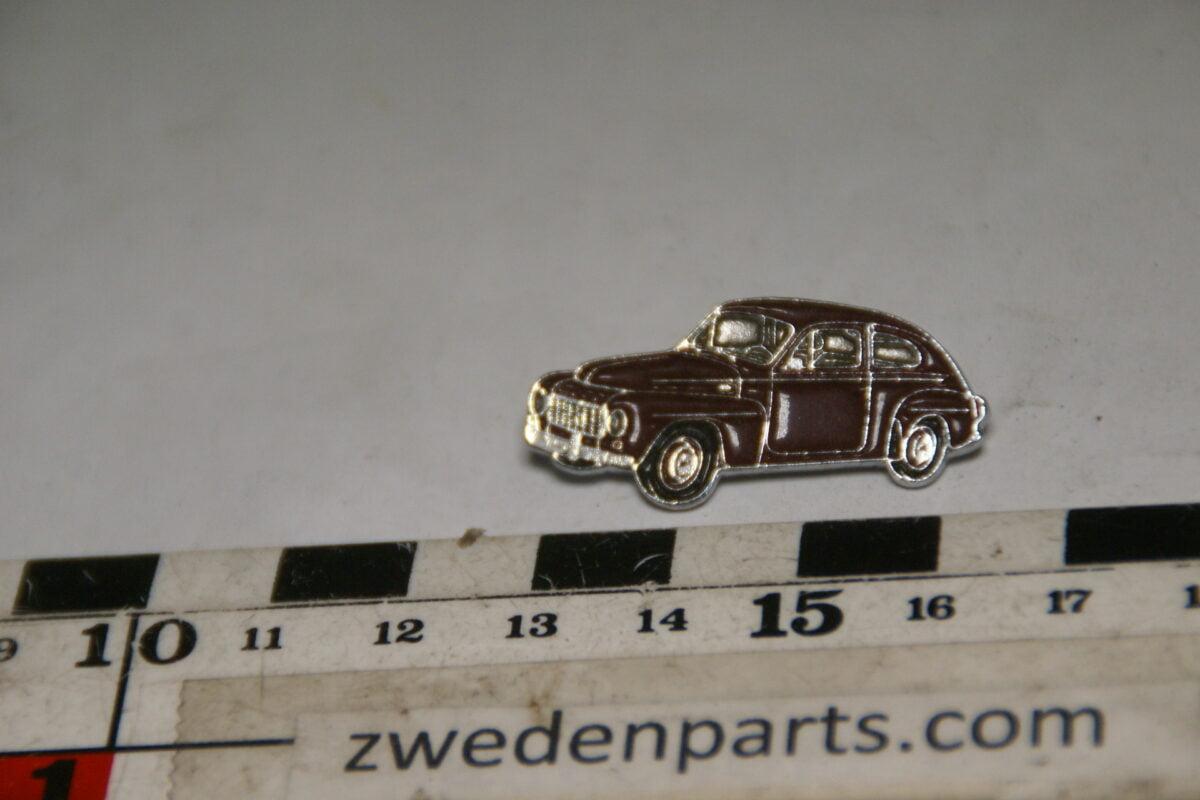 DSC05493 originele Volvo 544 zwart pin-ce6050f7