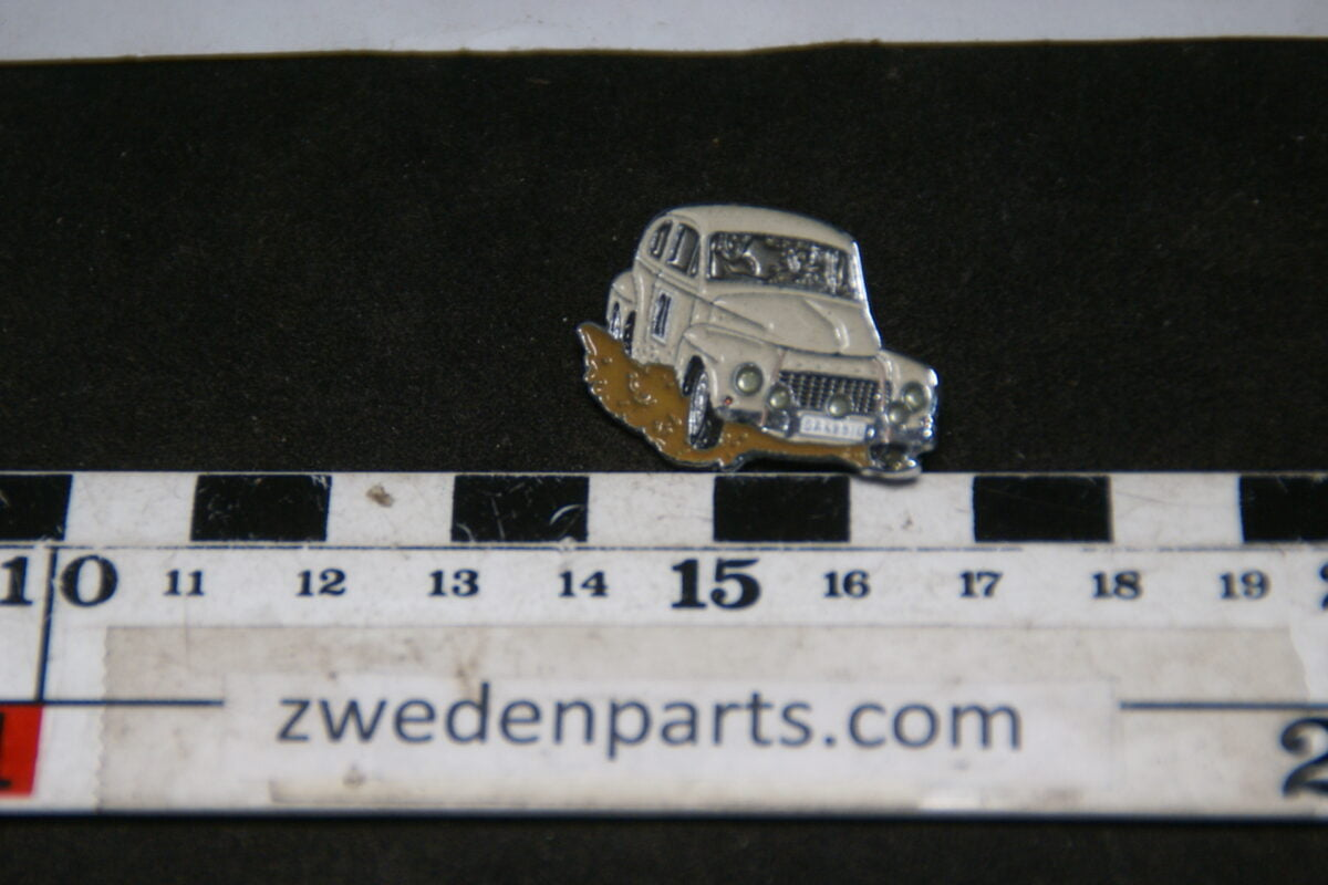 DSC05495 originele Volvo 544 wit rally pin-9c05c475