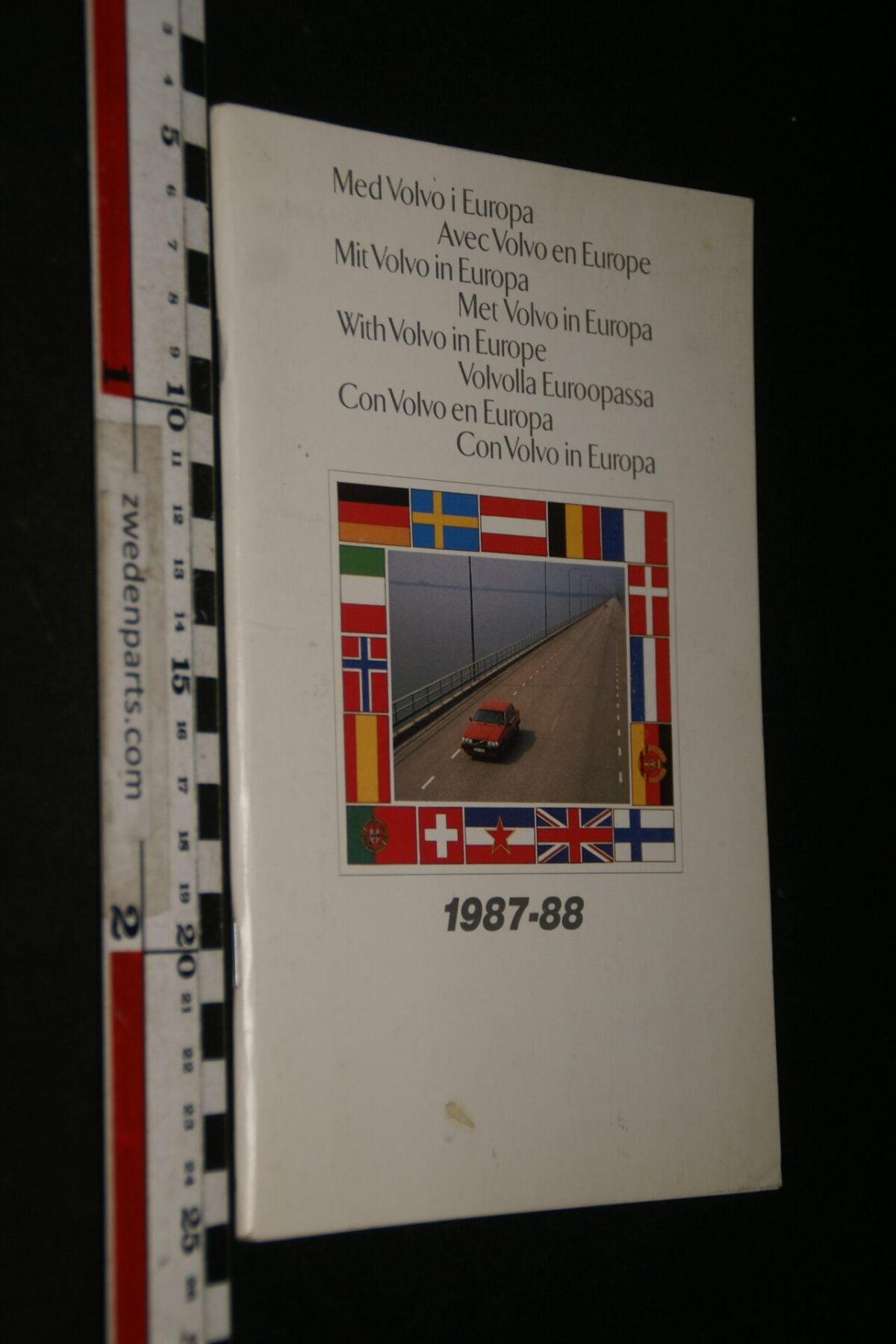 DSC06204  1987 origineel boekje Med Volvo I Europa-021ff88d