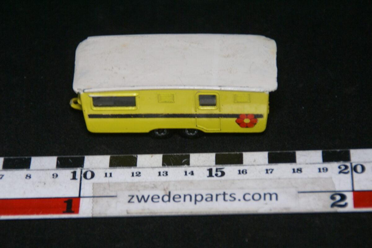 DSC06379 1970 metalen caravan Matchbox Superfast-a01392d3