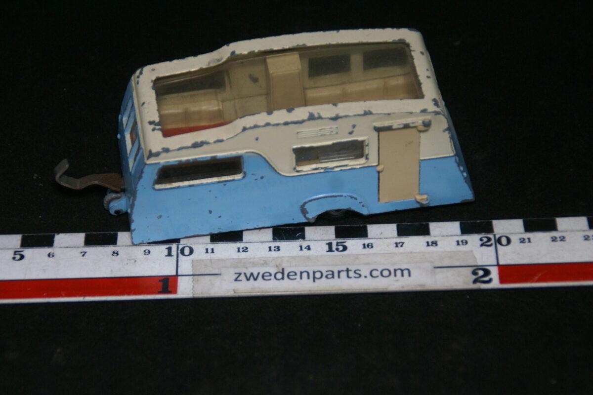 DSC06393 60er jaren metalen caravan 1op43 Dinky Toys four-Berth-346911bf