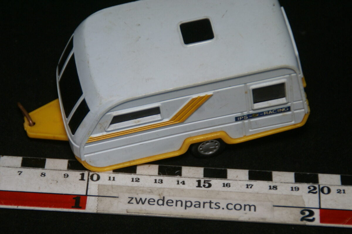 DSC06395 kunsstof caravan ca 1op43-6d6e37ab