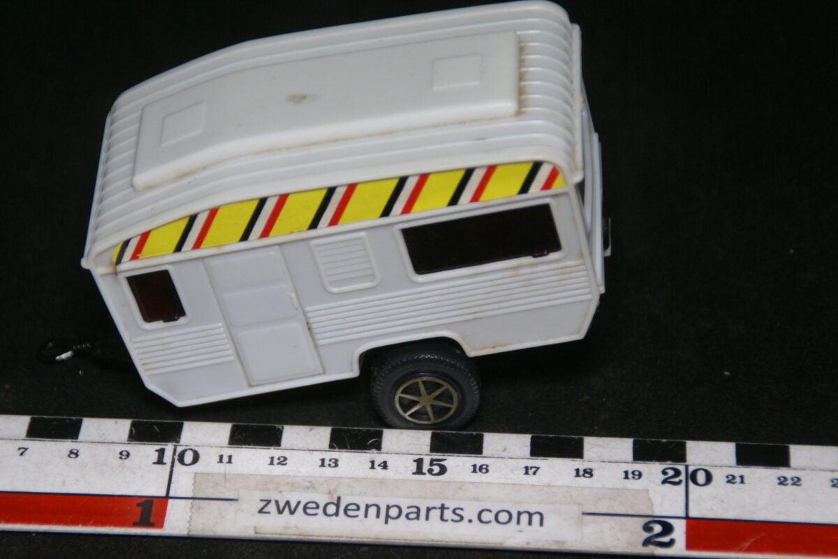 DSC06413 kunststof caravan ca 1op43-6872eef4
