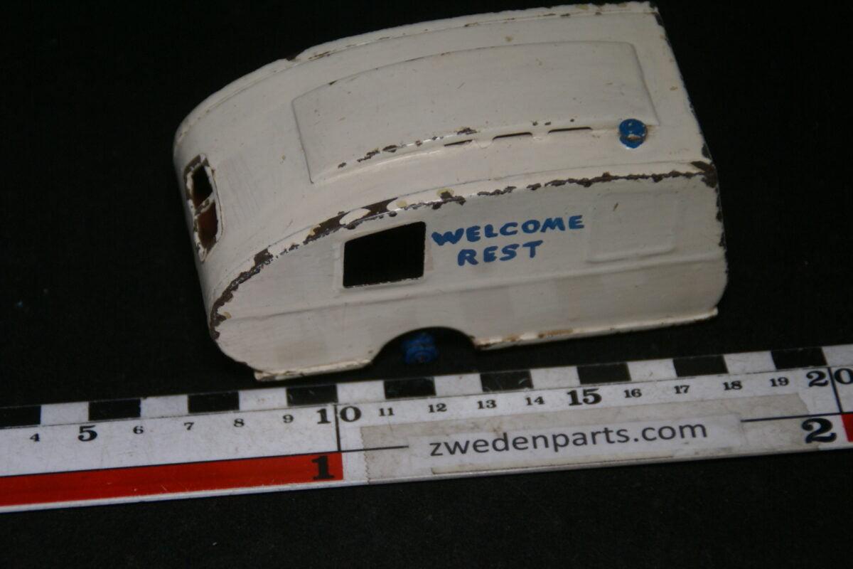 DSC06424 50er jaren metalen caravan Tri-Ang Minic-cc183b47