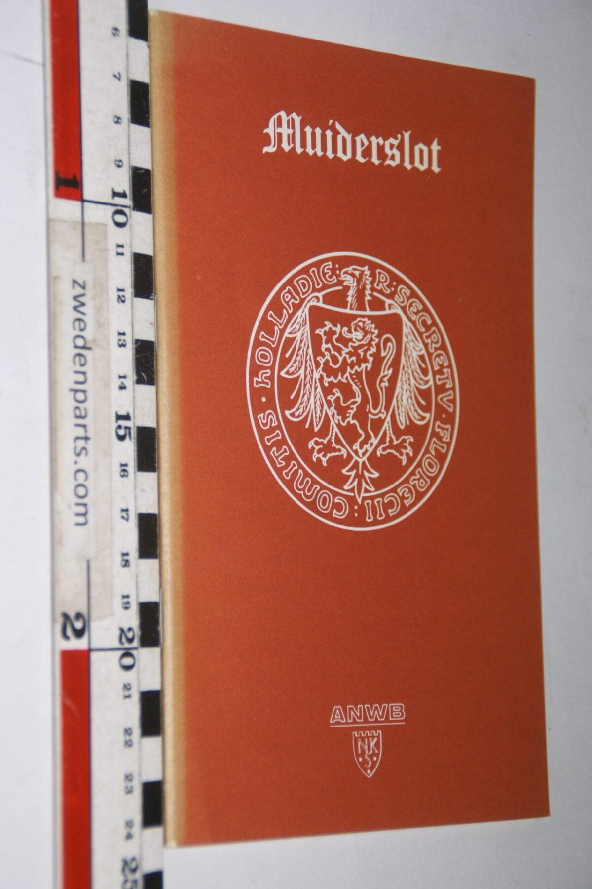 DSC06749 1980 boek het Muiderslot-917af626